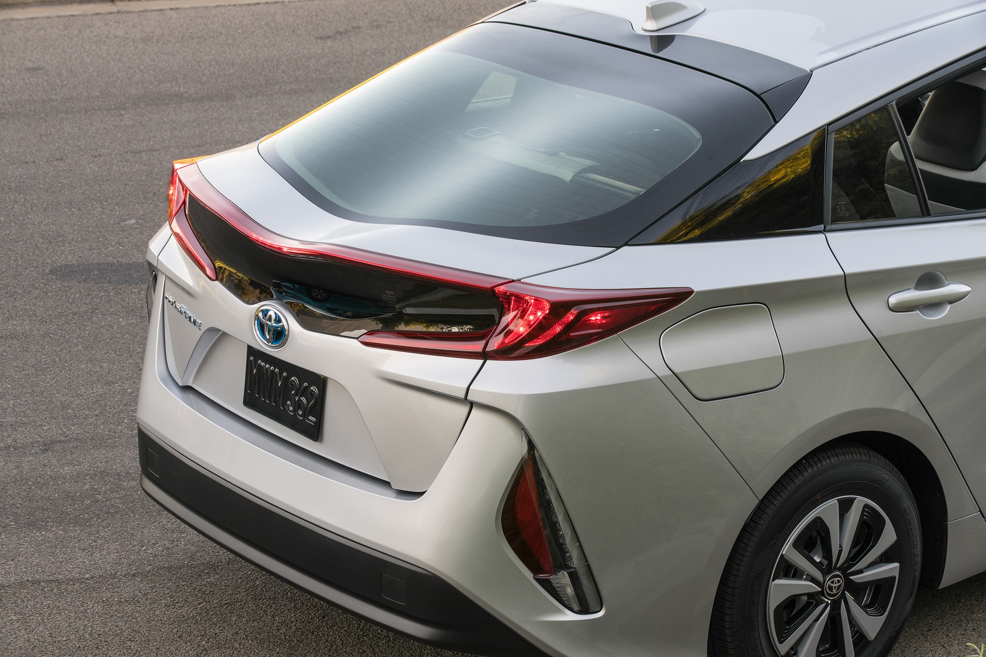 New Prius 2020 Toyota battery R&D will allow all electric car in 'a few years