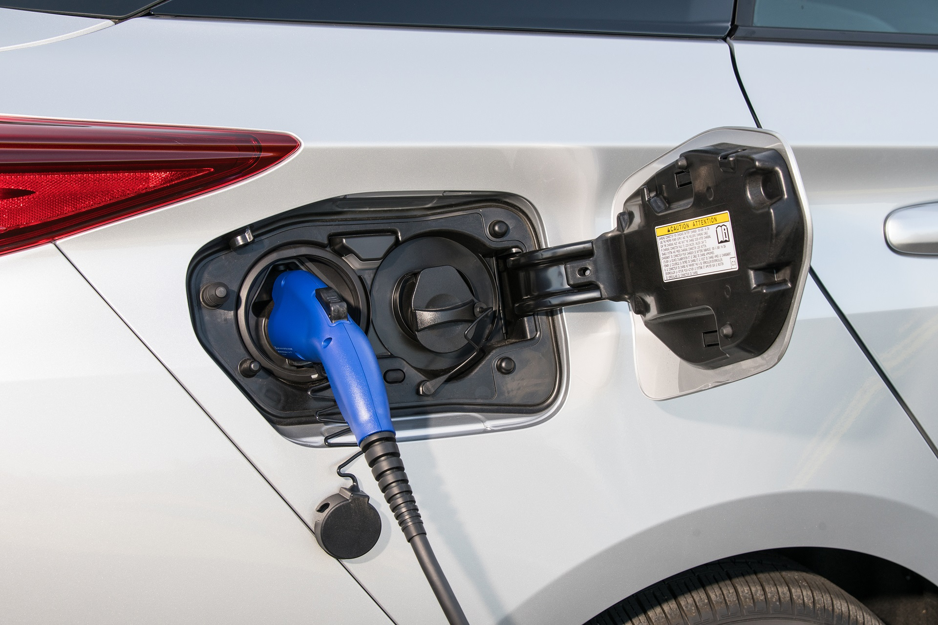 Now Toyota Can Make Electric Cars It S Tamed Lithium Ion