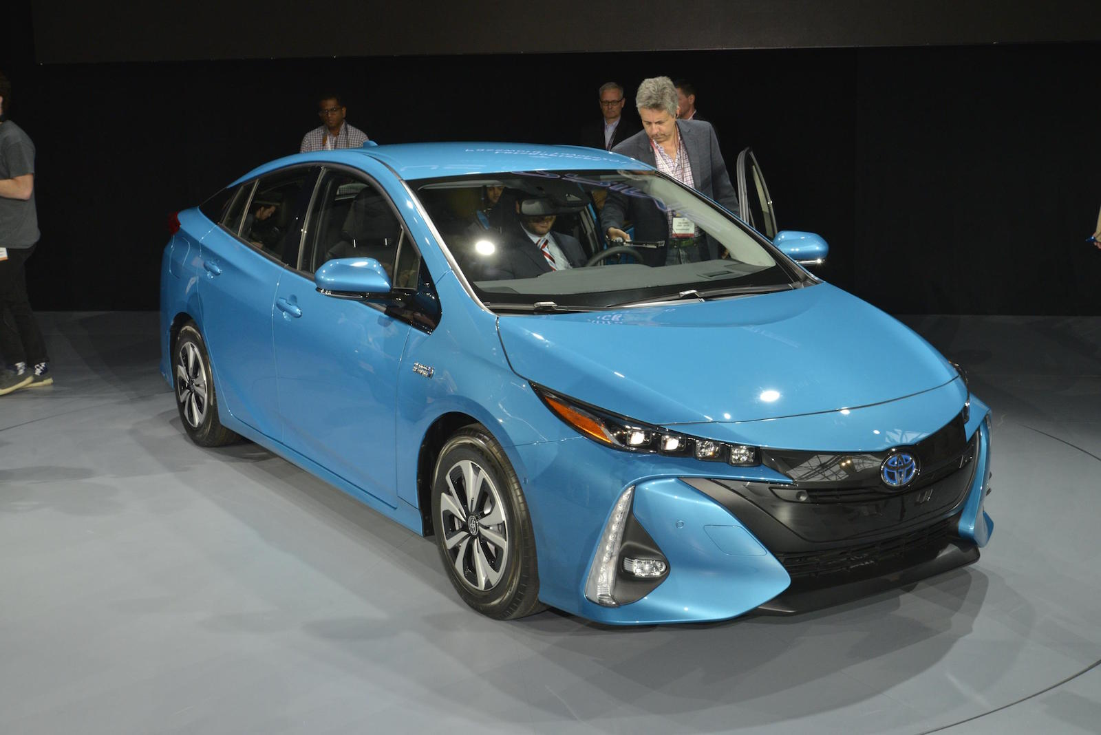 2017 Toyota Prius Prime First Drive Of New Plug In Hybrid