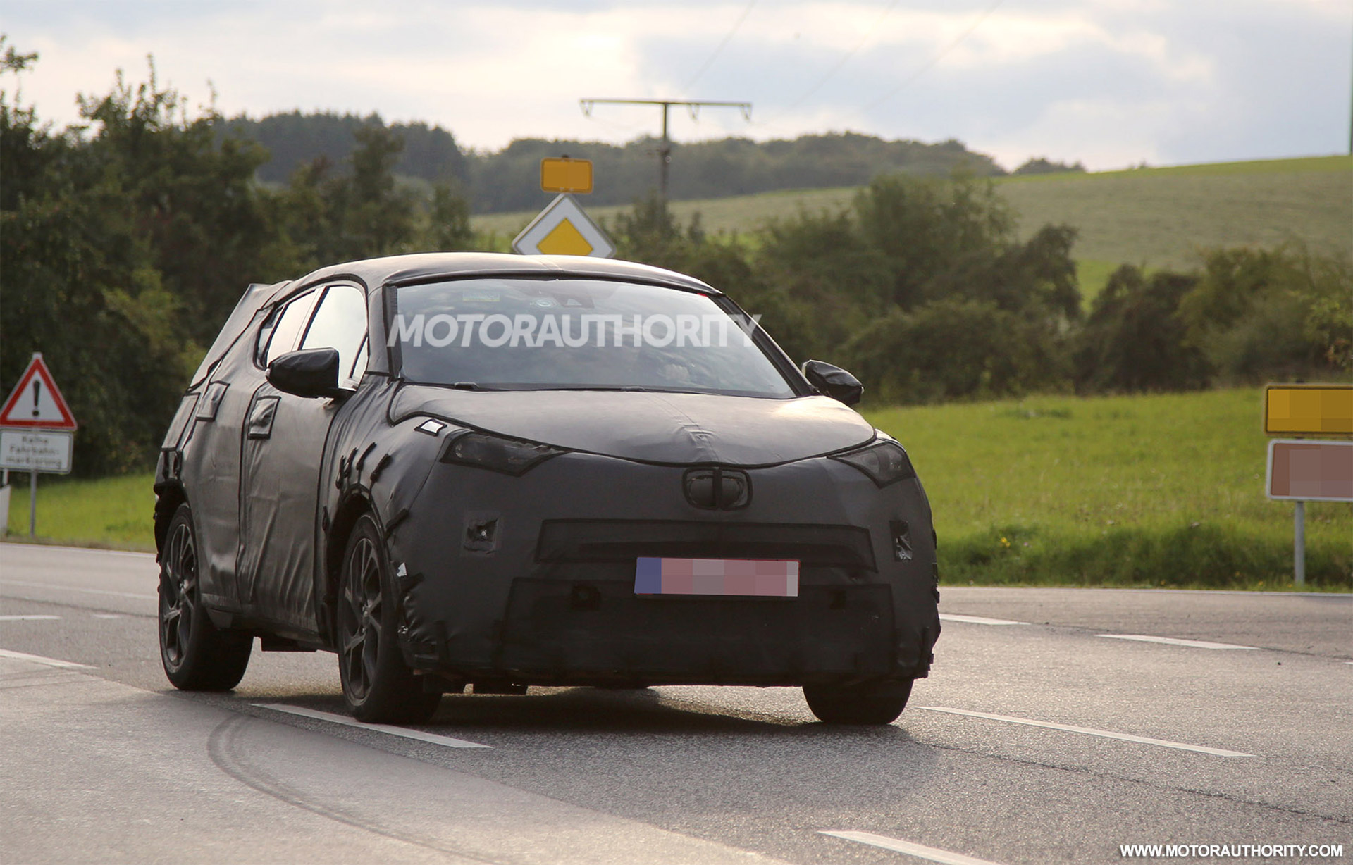 2017 Toyota Subcompact Suv Spy Shots Production C Hr