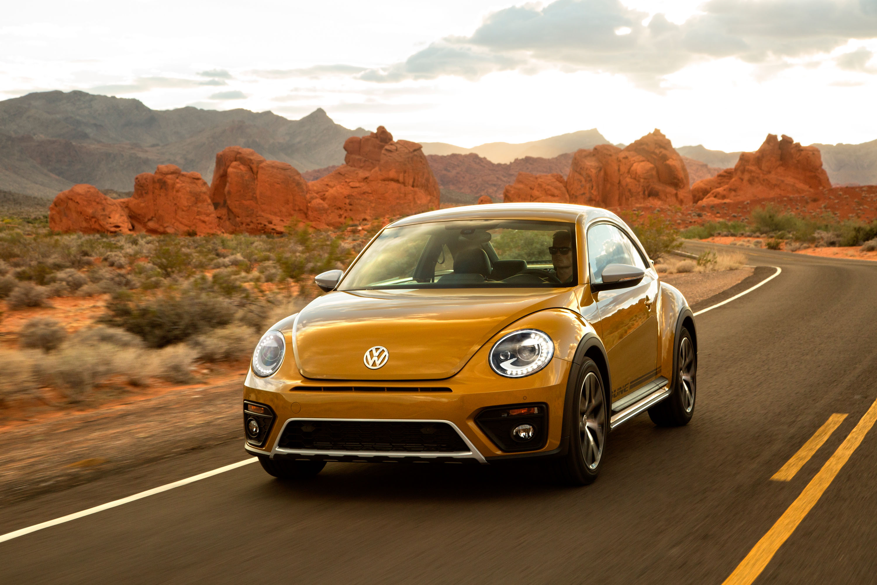 2017 volkswagen beetle vw review ratings specs prices and photos the car connection. Black Bedroom Furniture Sets. Home Design Ideas