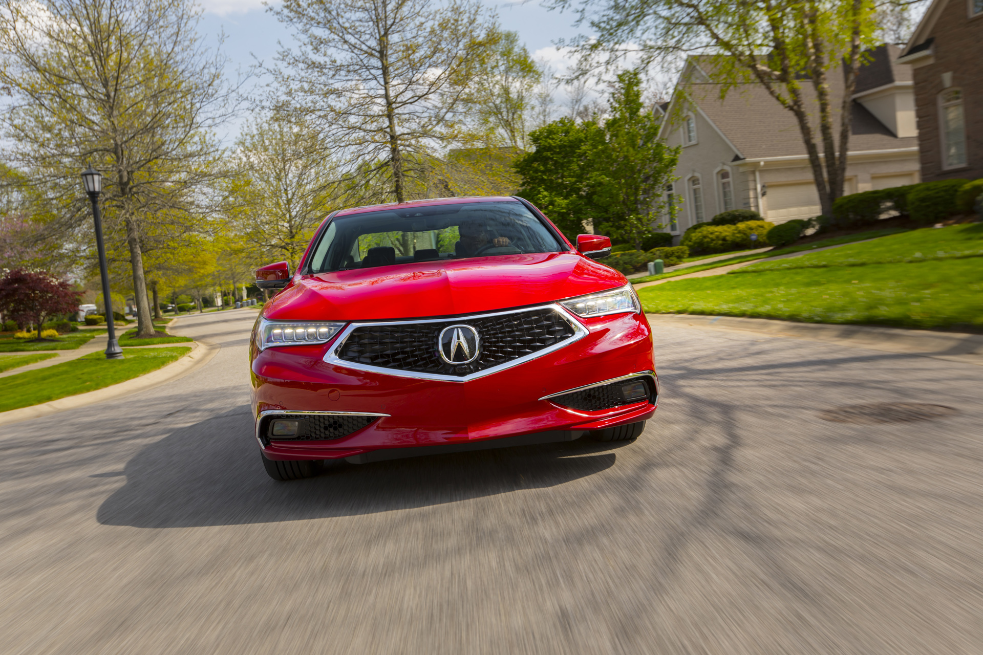 Acura Tlx Driven Mercedes X Cl Spied Toyota Flying Car Teased Today S News
