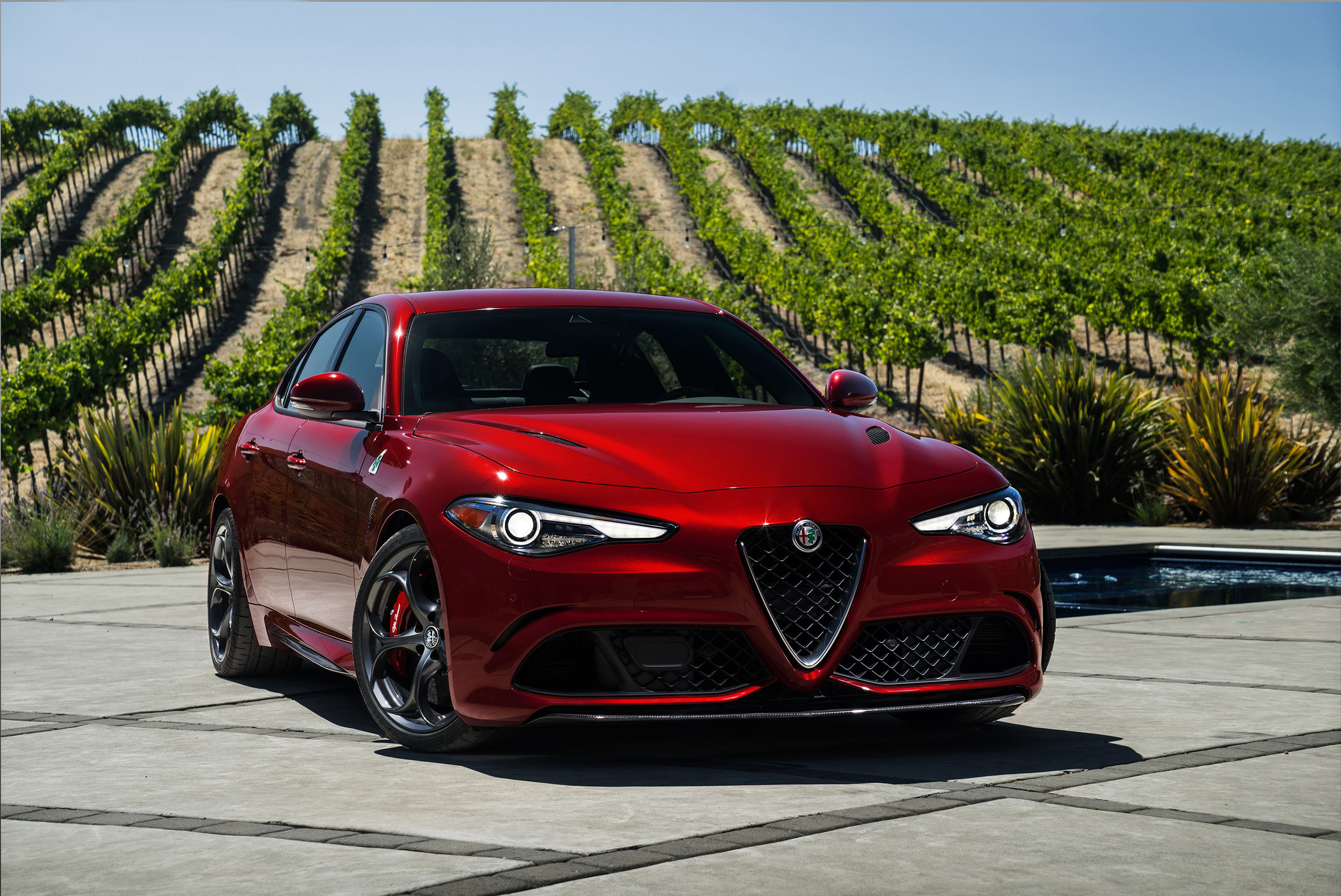 2018 Alfa Romeo Giulia Vs 2018 Bmw 3 Series Compare Cars