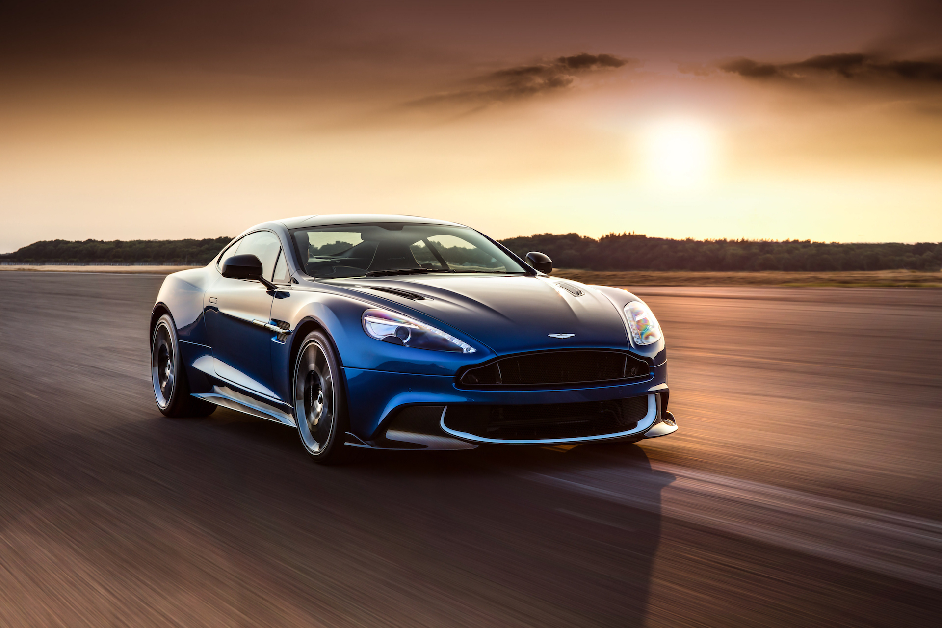 Someone paid $26M for outgoing Aston Martin Vanquish s tooling and