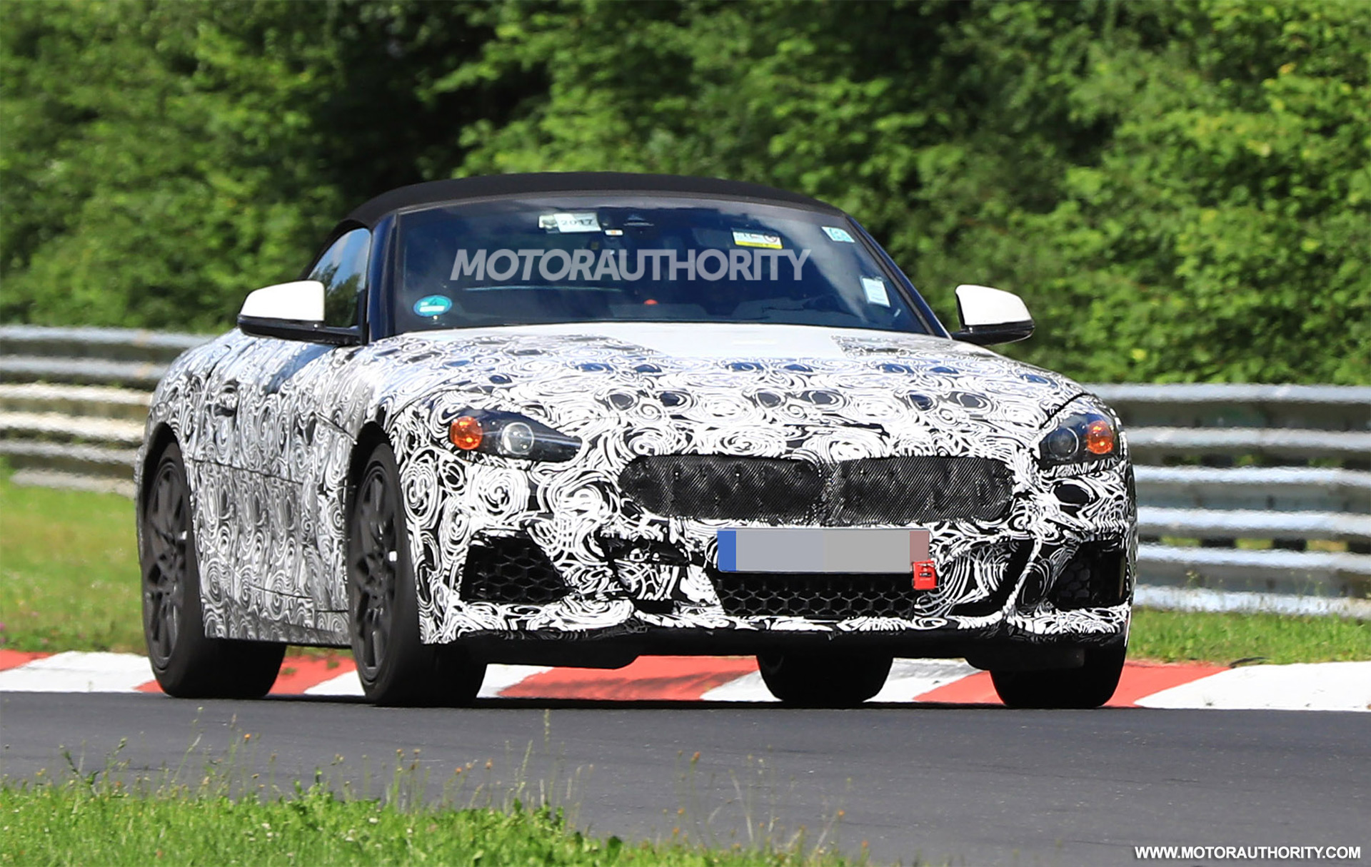 2018 BMW Z4 spy shots