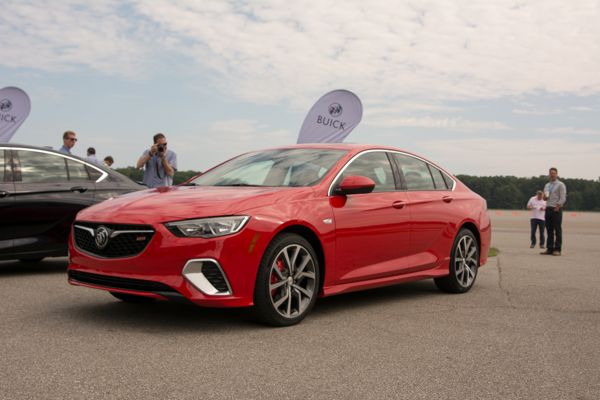 2018 Buick Regal GS debuts with 310-hp V-6, all-wheel drive