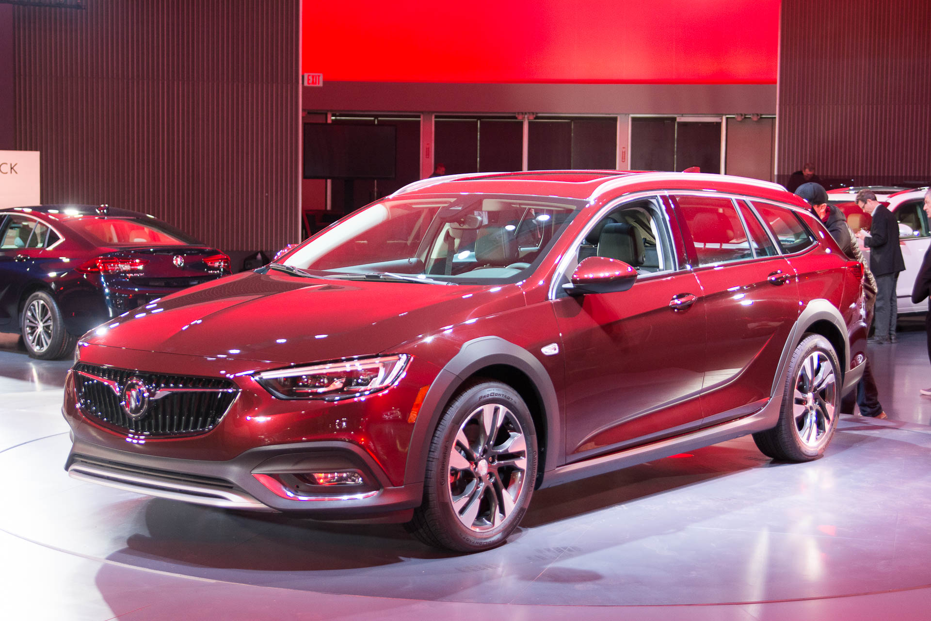Wagons whoa! 2018 Buick Regal Tour X costs $29,995 to start