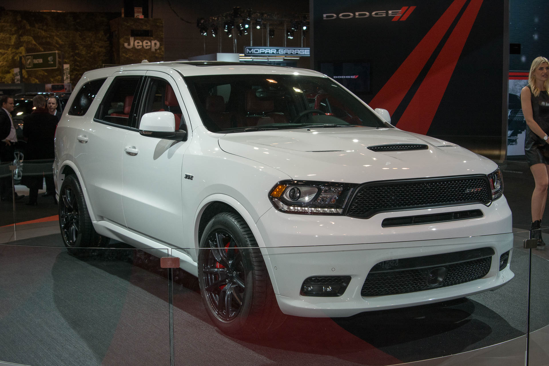 the 2018 dodge durango srt is a ferocious family hauler. Black Bedroom Furniture Sets. Home Design Ideas