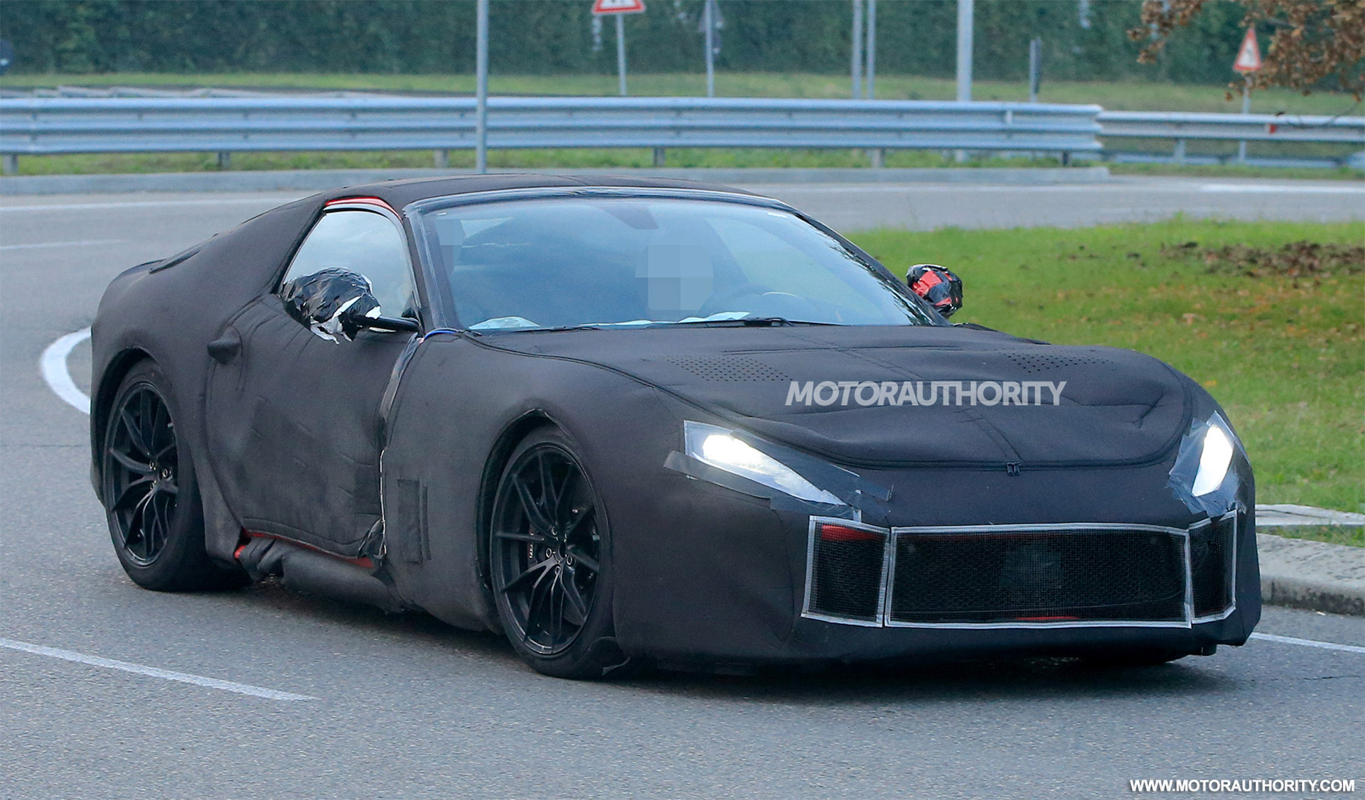 2018 ferrari f12 m spy shots and video