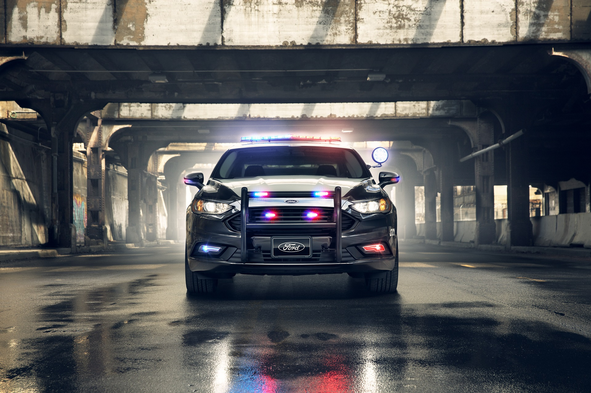 2018 ford interceptor sedan. exellent 2018 what does it take to turn a ford fusion hybrid into police responder and 2018 ford interceptor sedan e