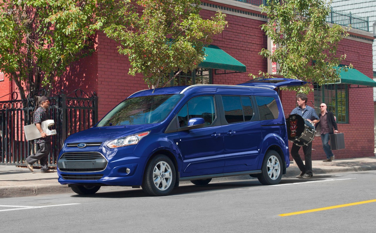 2018 ford transit connect review ratings specs prices. Black Bedroom Furniture Sets. Home Design Ideas