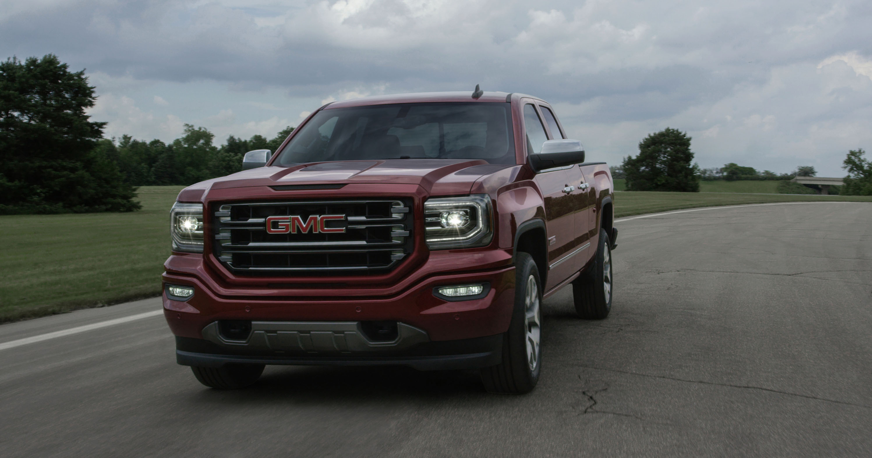 new and used gmc sierra 1500 prices photos reviews specs the car connection. Black Bedroom Furniture Sets. Home Design Ideas