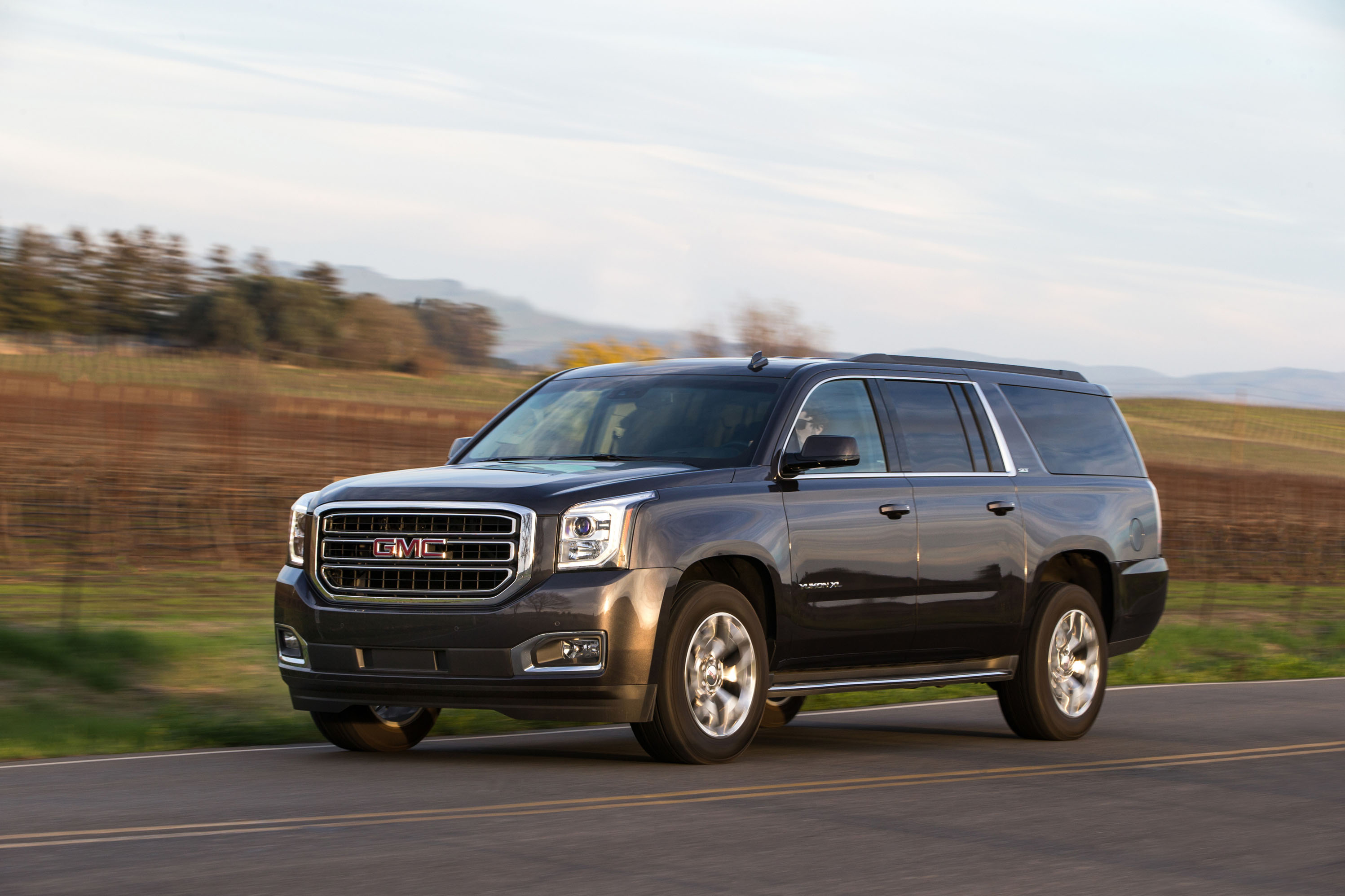 2018 Gmc Yukon Review Ratings Specs Prices And Photos The Car Connection