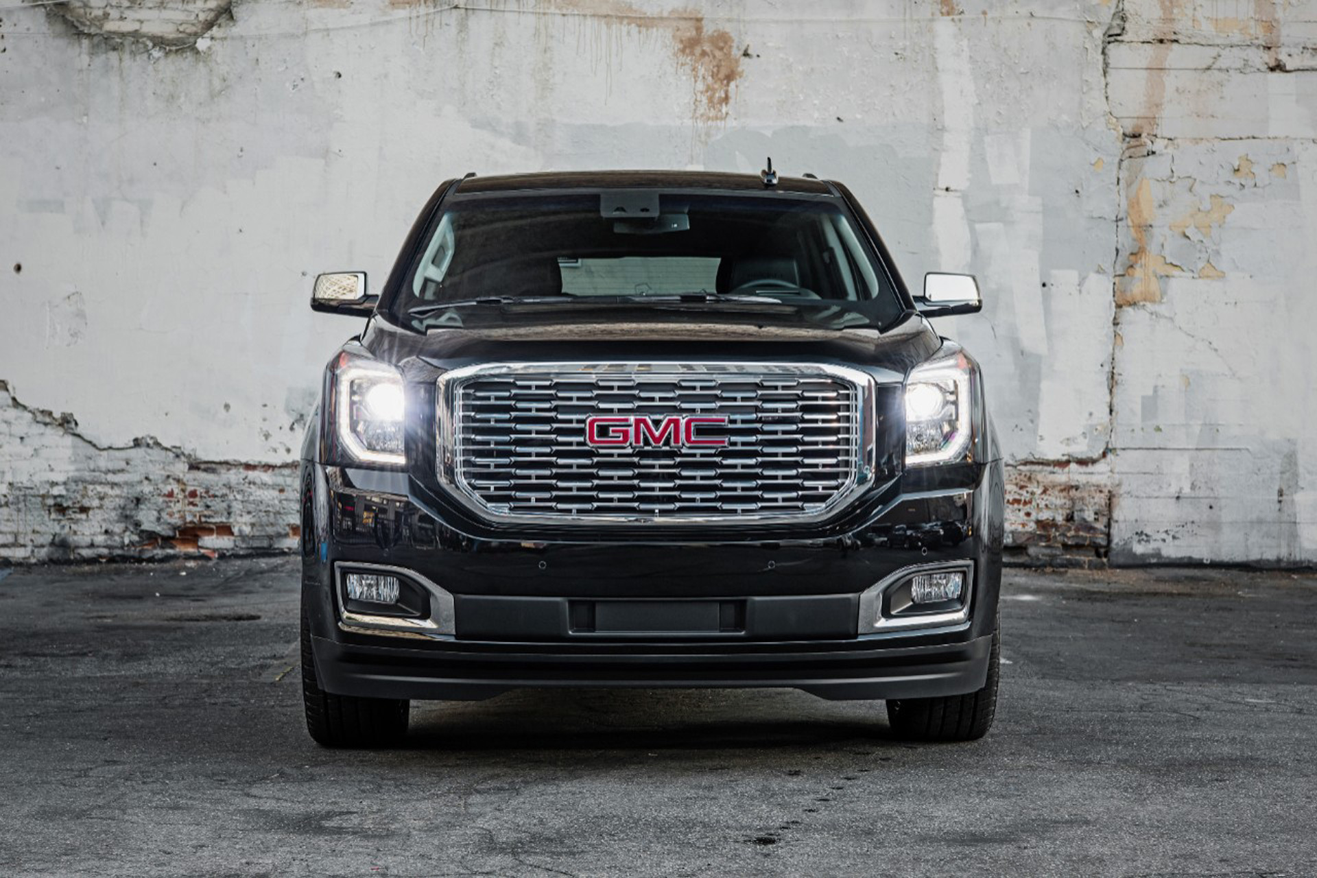 2018 Gmc Yukon Denali Spawns Ultimate Black Edition