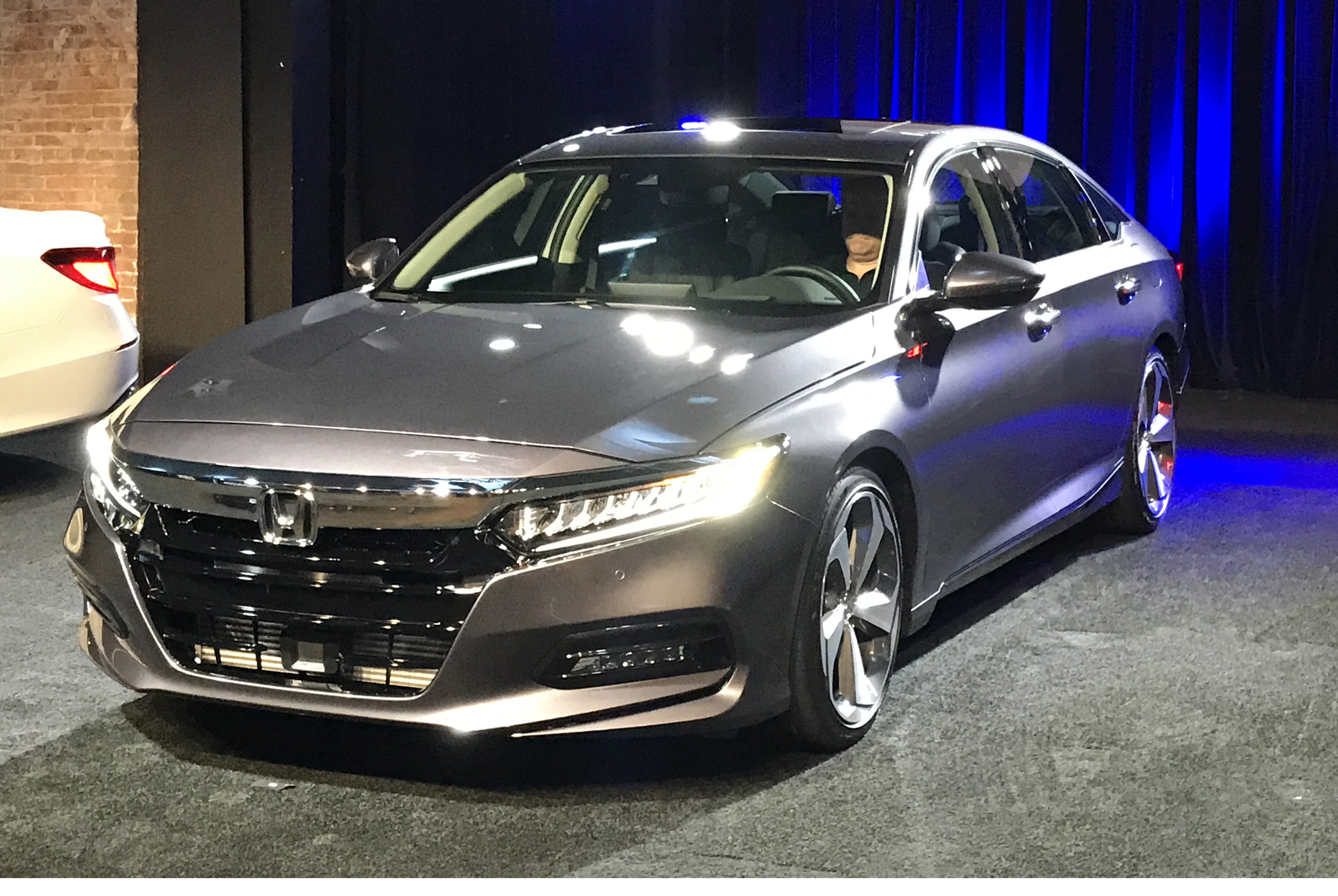 Smart Money Is Still In Sedans 2018 Honda Accord Revealed