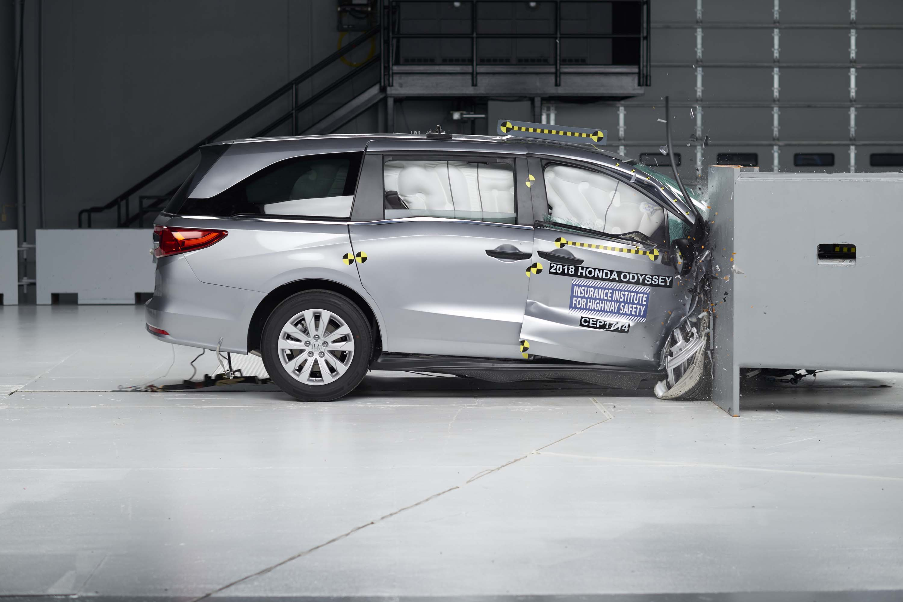 Minivan Crash Tests Bmw Gets Sporty Again Eco Car Deals Whats Basic Remote Start Walkthrough On Your Nissan Infiniti Vehicle New The Connection