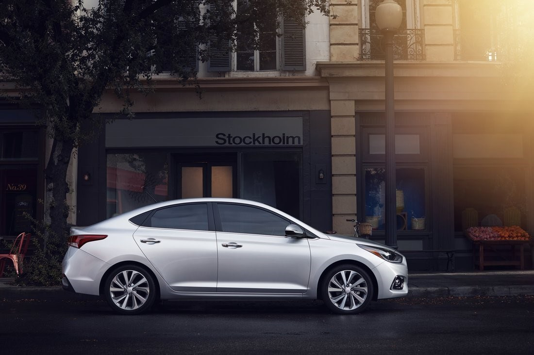 Hyundai Accent Mpg >> 2018 Hyundai Accent Review Ratings Specs Prices And