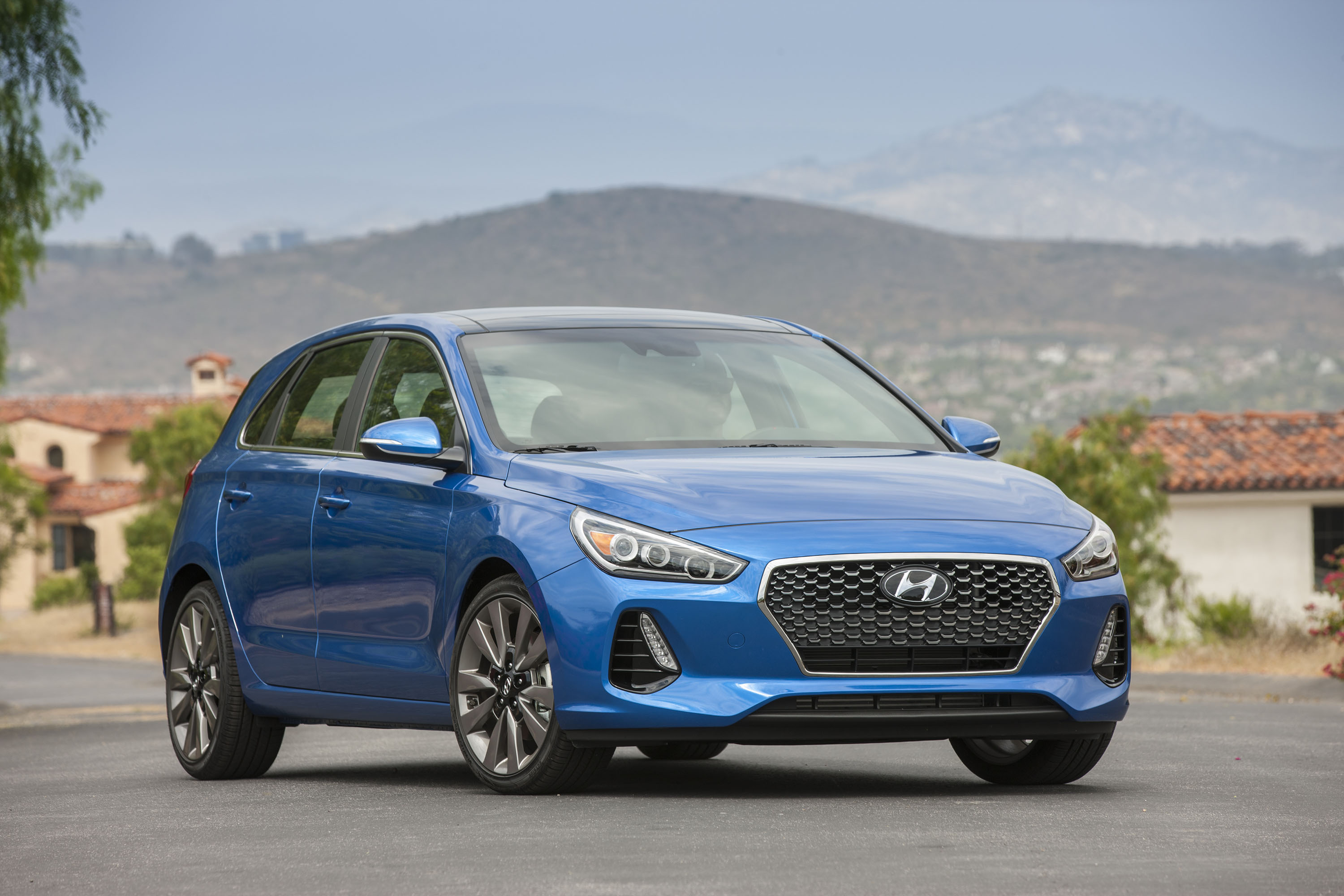 elantra hyundai top gt speed cars review