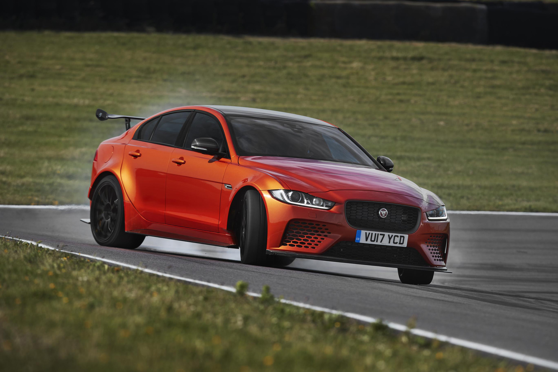 2018 Jaguar Xe Sv Project 8 Comes With 592 Horsepower 6 Figure