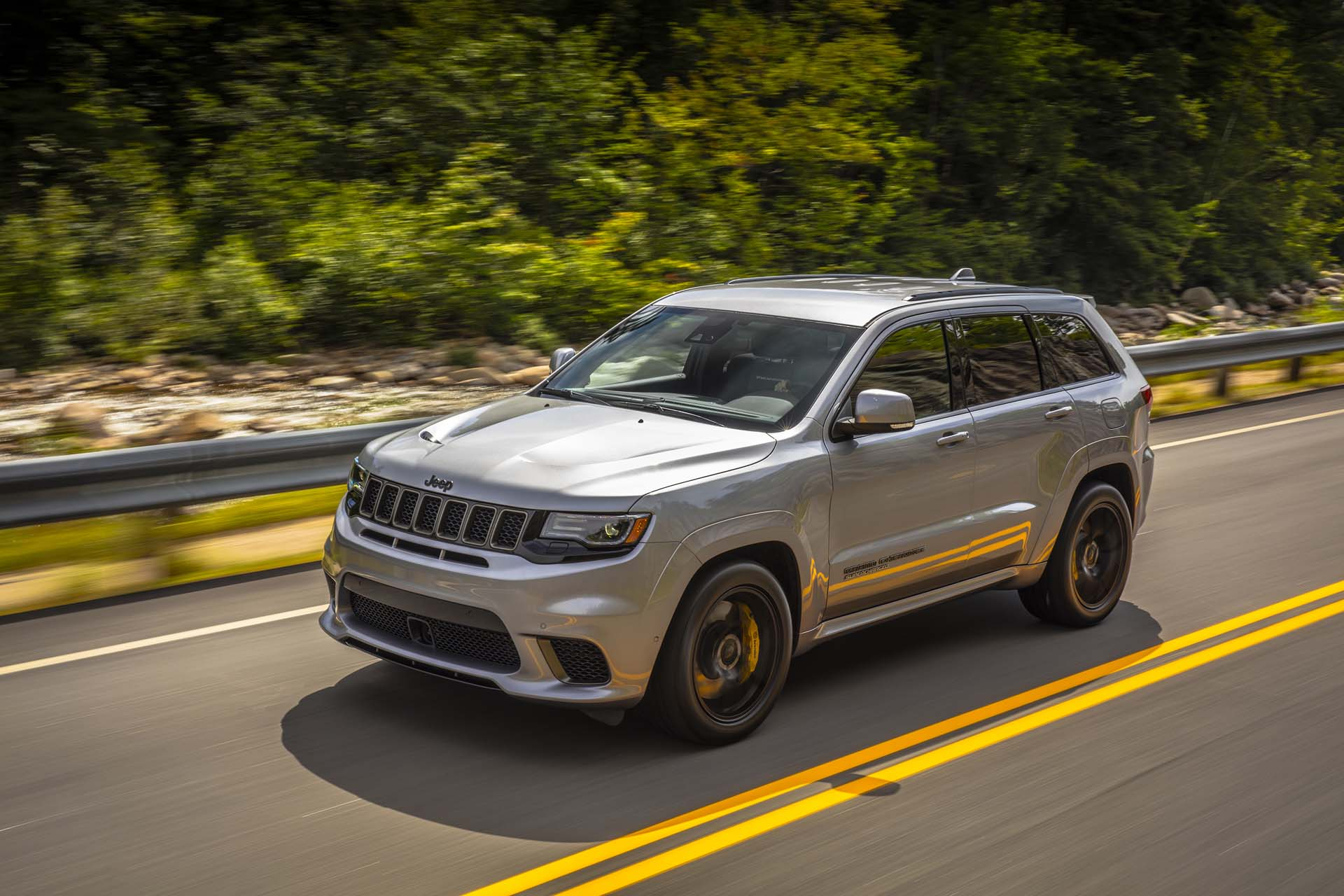 2018 jeep grand cherokee gas mileage the car connection. Black Bedroom Furniture Sets. Home Design Ideas