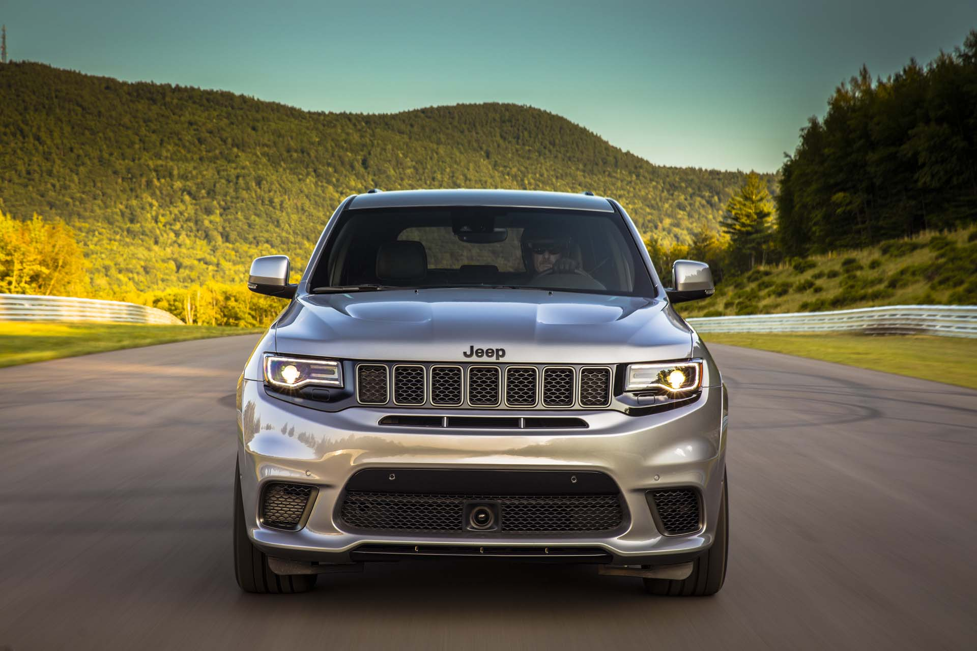 Hennessey cooking up 1,012-hp Jeep Trackhawk, 0-60 mph in ...
