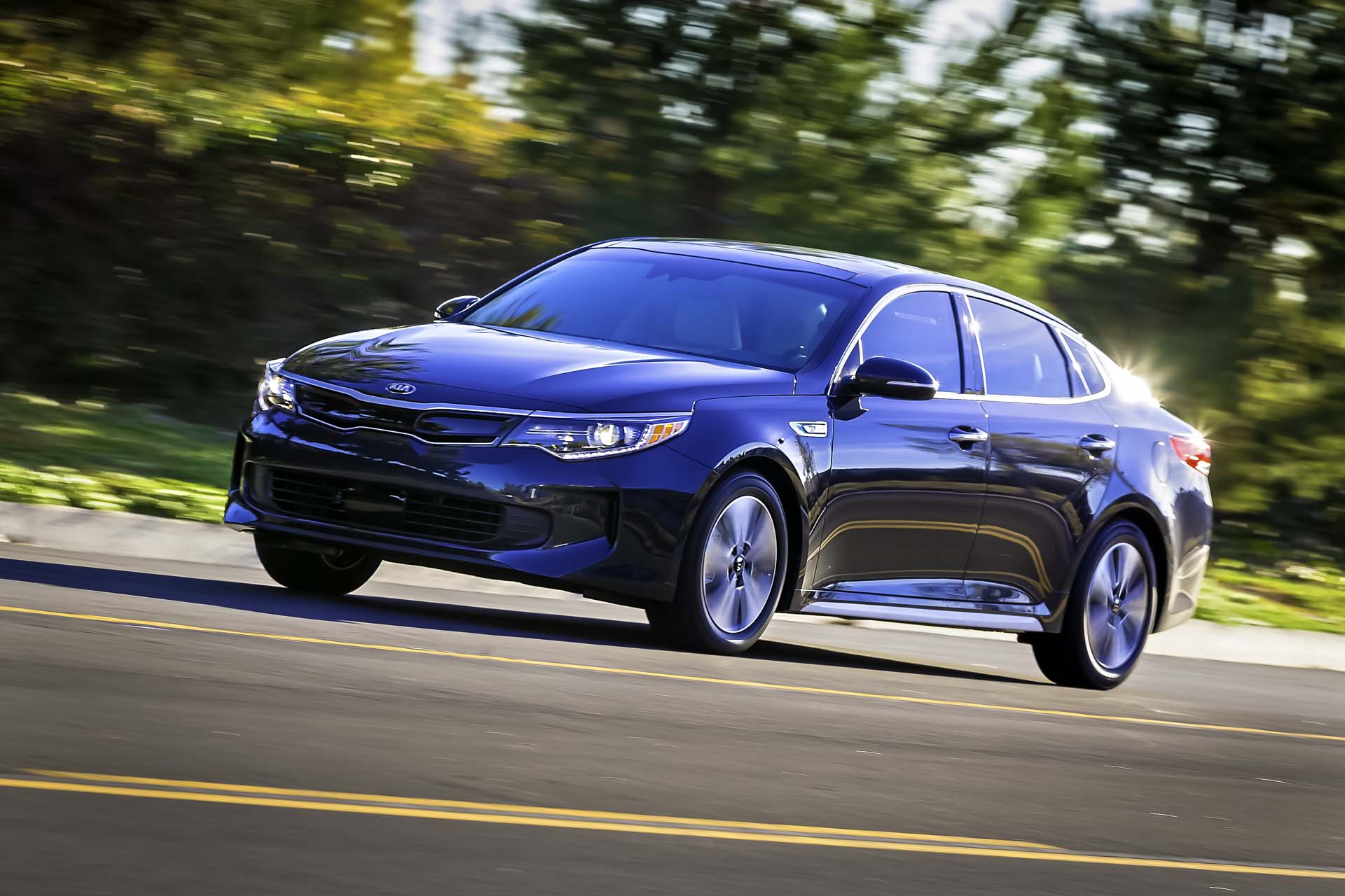 2018 kia optima hybrid review ratings specs prices and photos the car connection. Black Bedroom Furniture Sets. Home Design Ideas