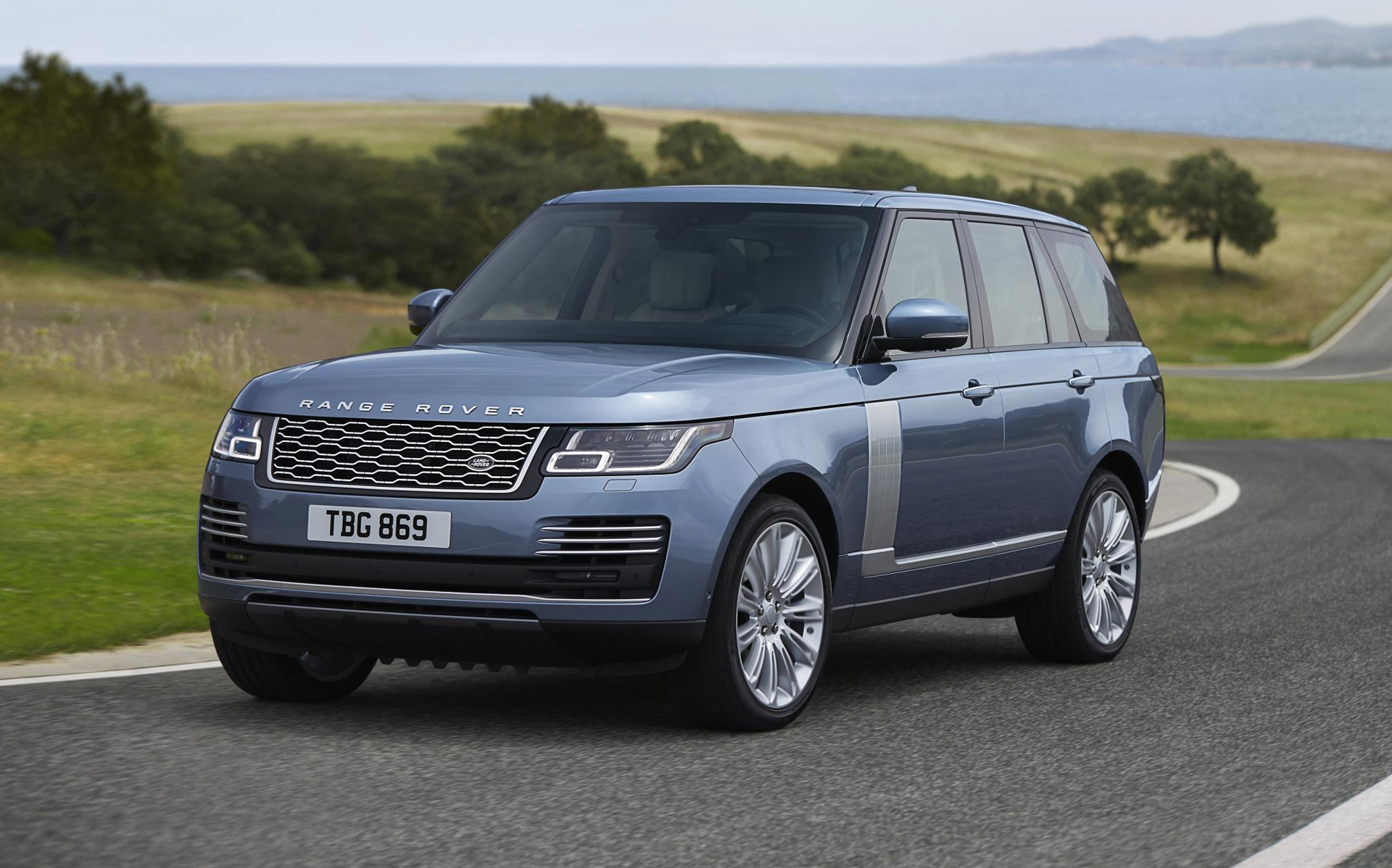 2018 Land Rover Range Rover Preview