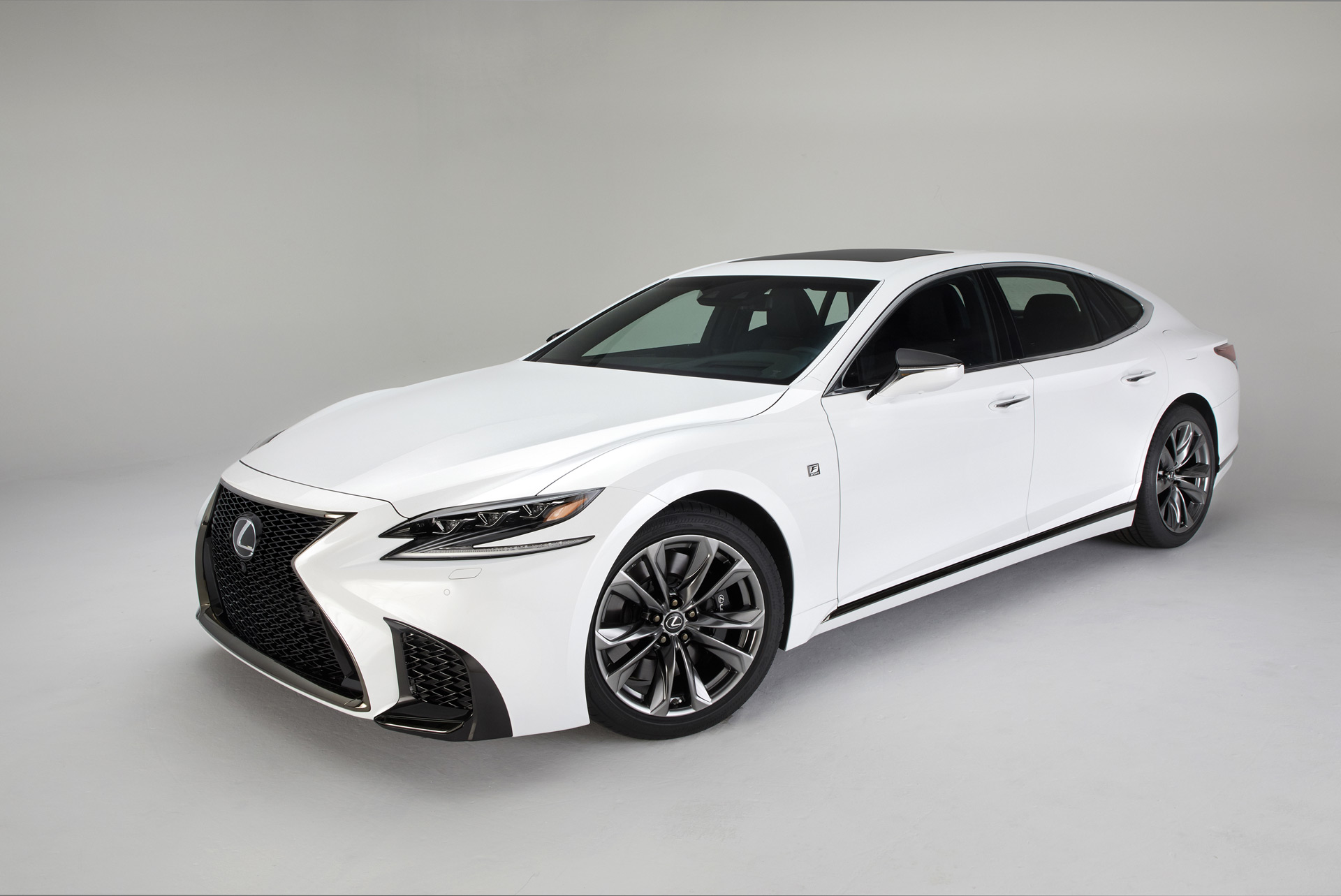 lexus fears the sedan 39 s extinction due to crossovers and suvs. Black Bedroom Furniture Sets. Home Design Ideas