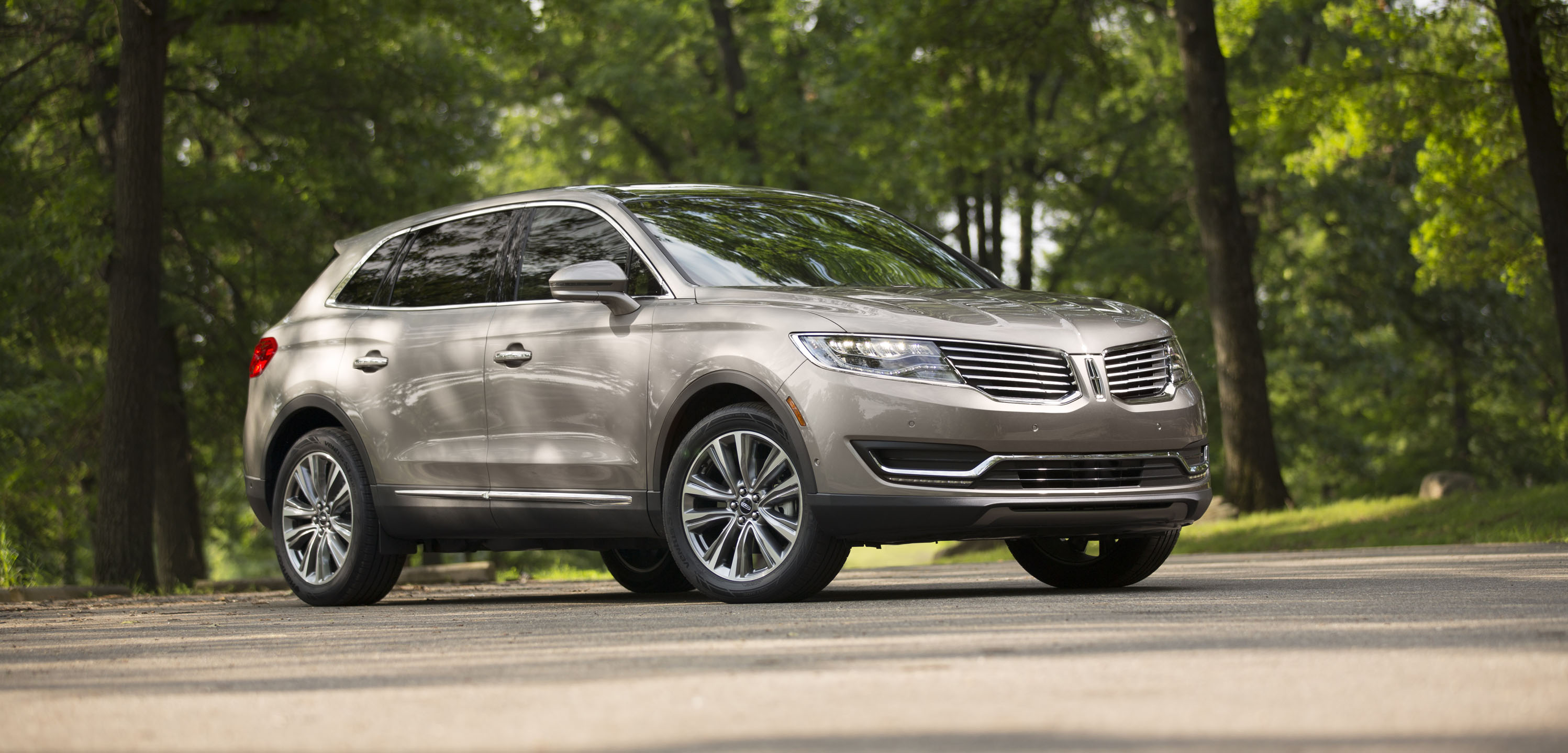 2018 lincoln mkx review ratings specs prices and photos the car connection. Black Bedroom Furniture Sets. Home Design Ideas