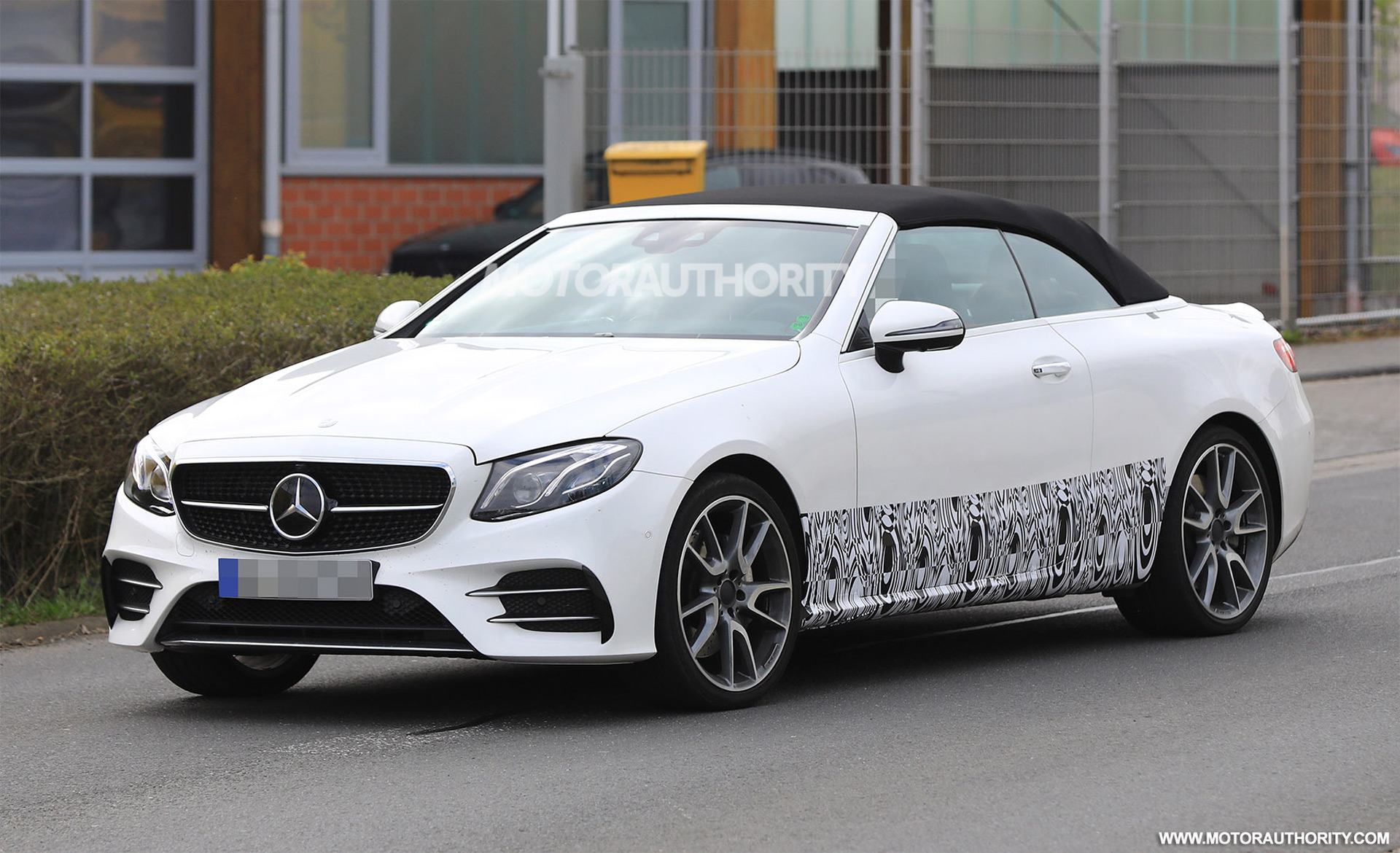 2018 mercedes amg e43 cabriolet spy shots. Black Bedroom Furniture Sets. Home Design Ideas