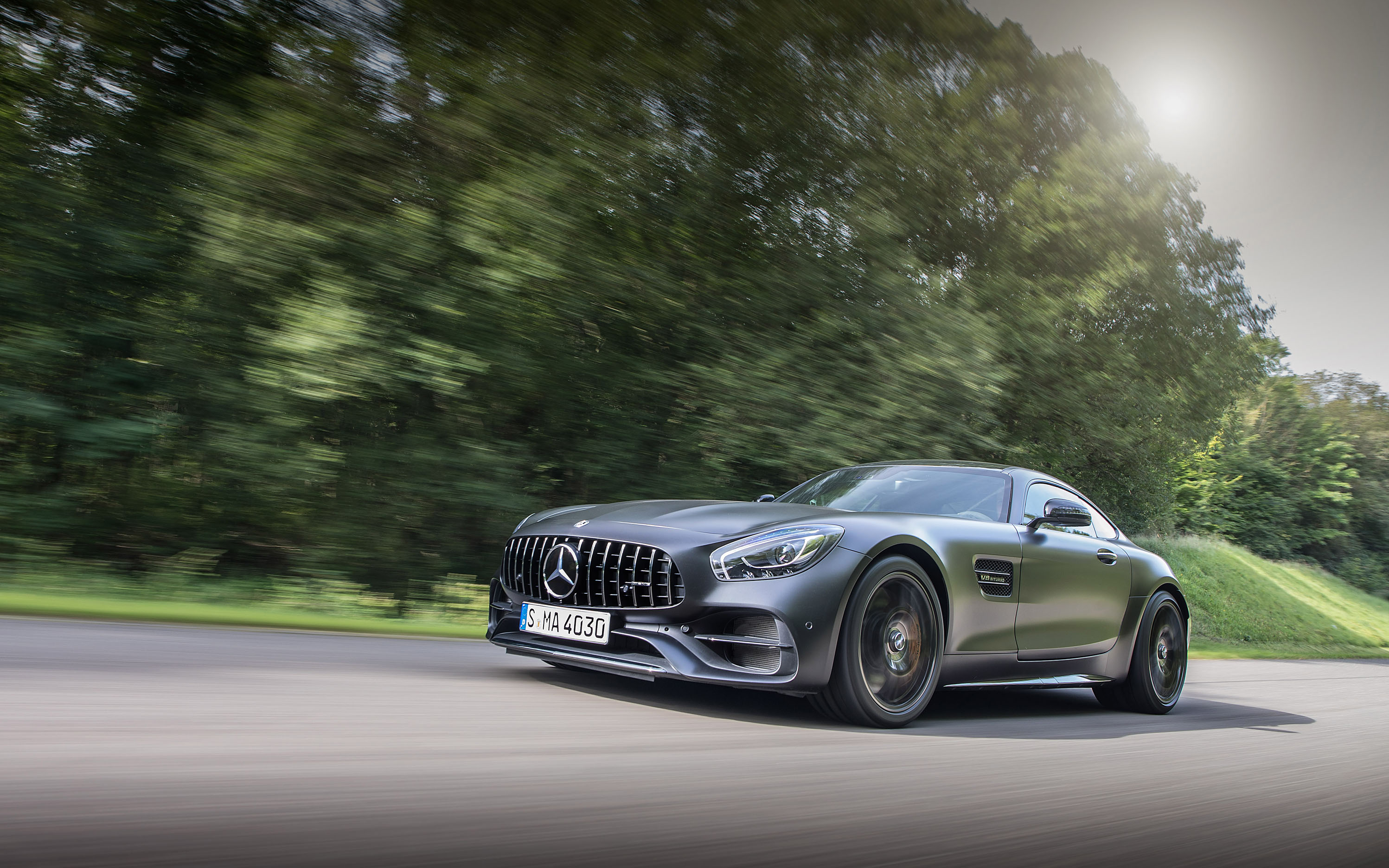 2018 mercedes amg gt c first drive review amg s celebratory gift is a delight. Black Bedroom Furniture Sets. Home Design Ideas