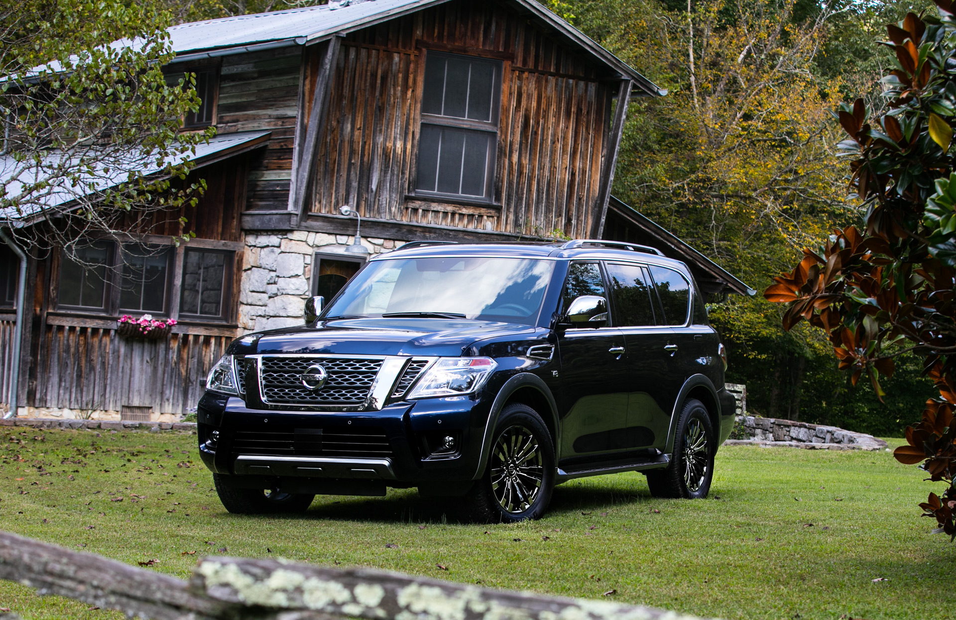 Nissan Armada Towing Capacity >> 2018 Nissan Armada goes lux with Platinum Reserve trim