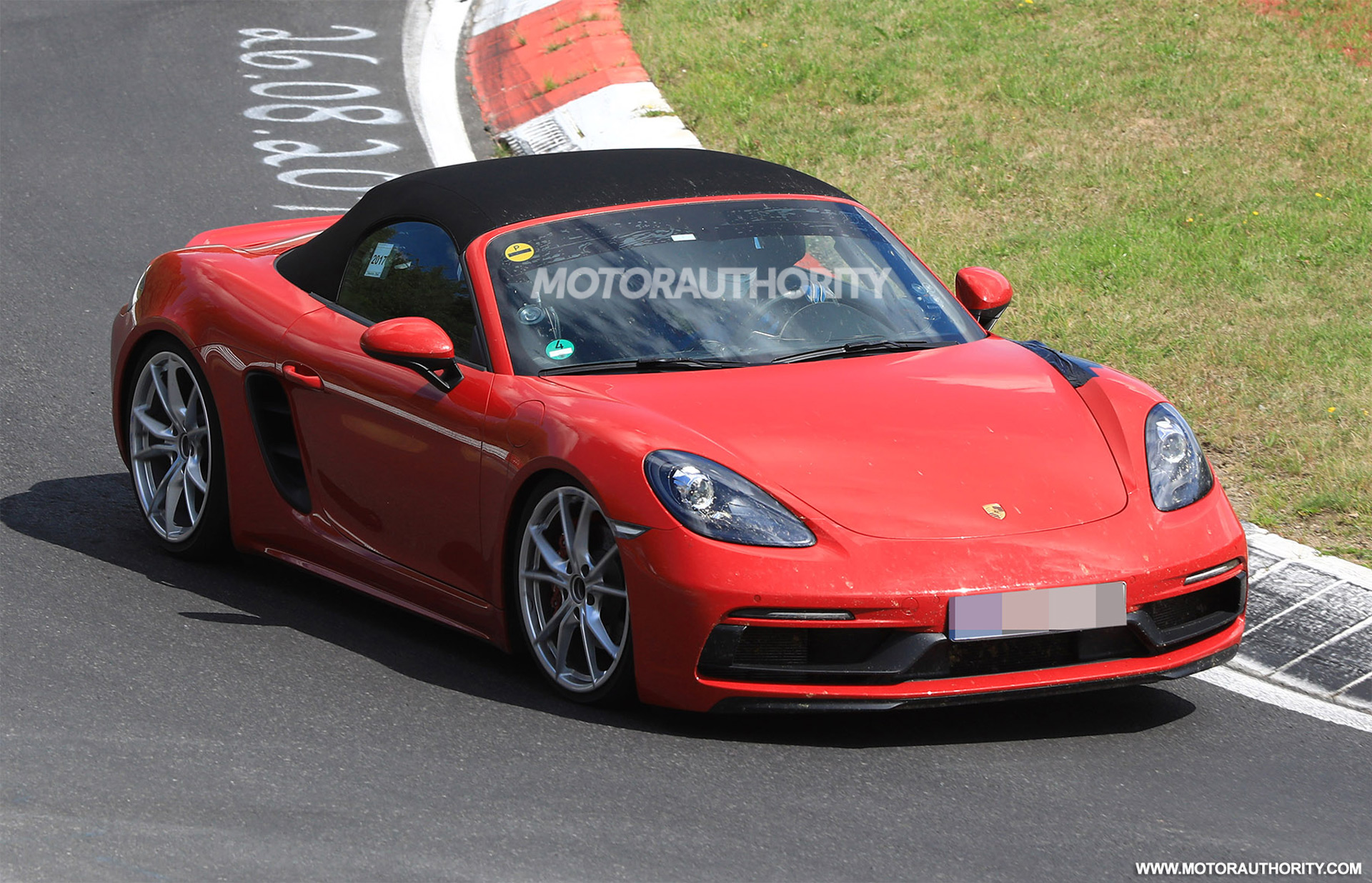 2018 porsche 718 boxster gts spy shots. Black Bedroom Furniture Sets. Home Design Ideas