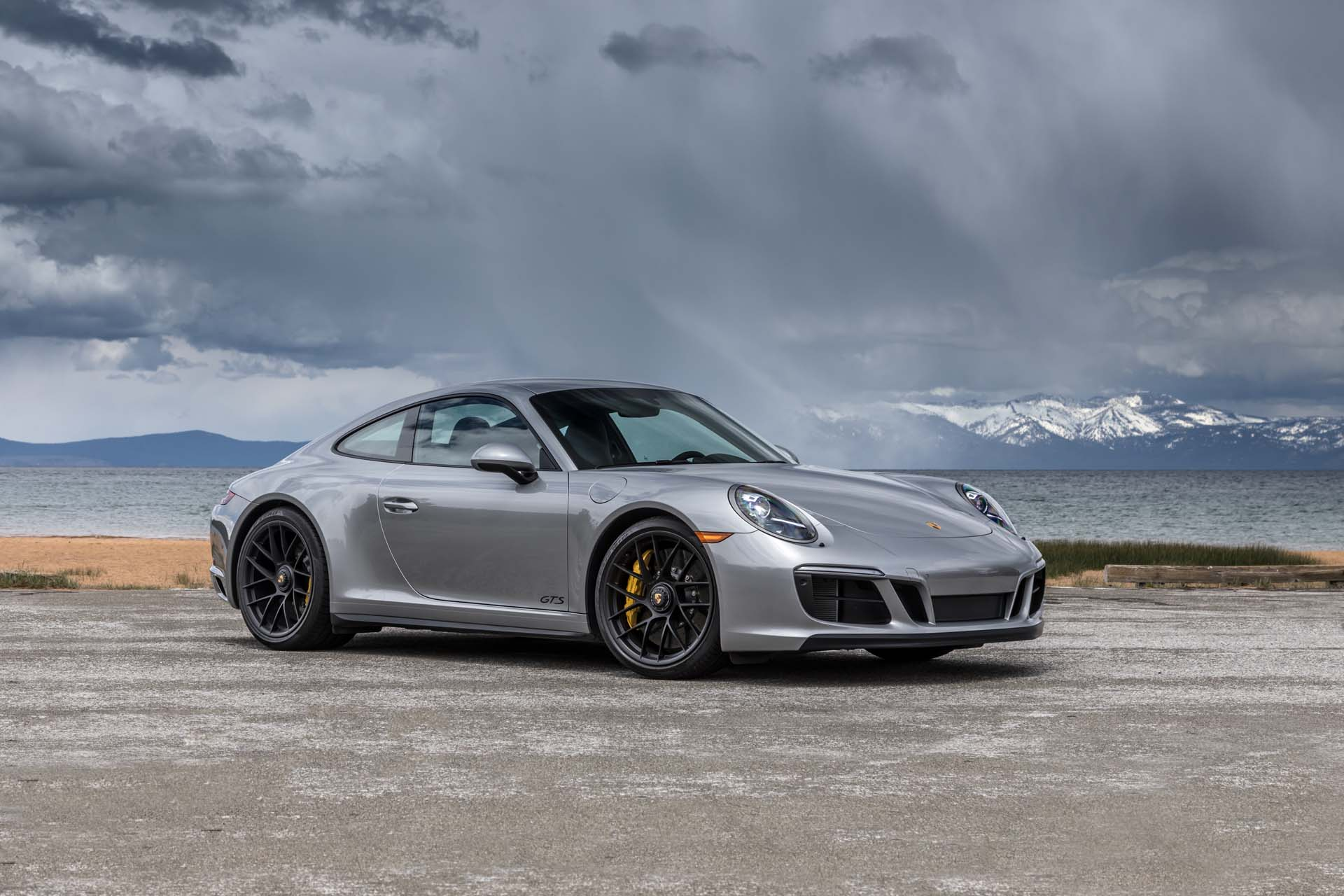 new and used porsche 911 prices photos reviews specs the car connection. Black Bedroom Furniture Sets. Home Design Ideas