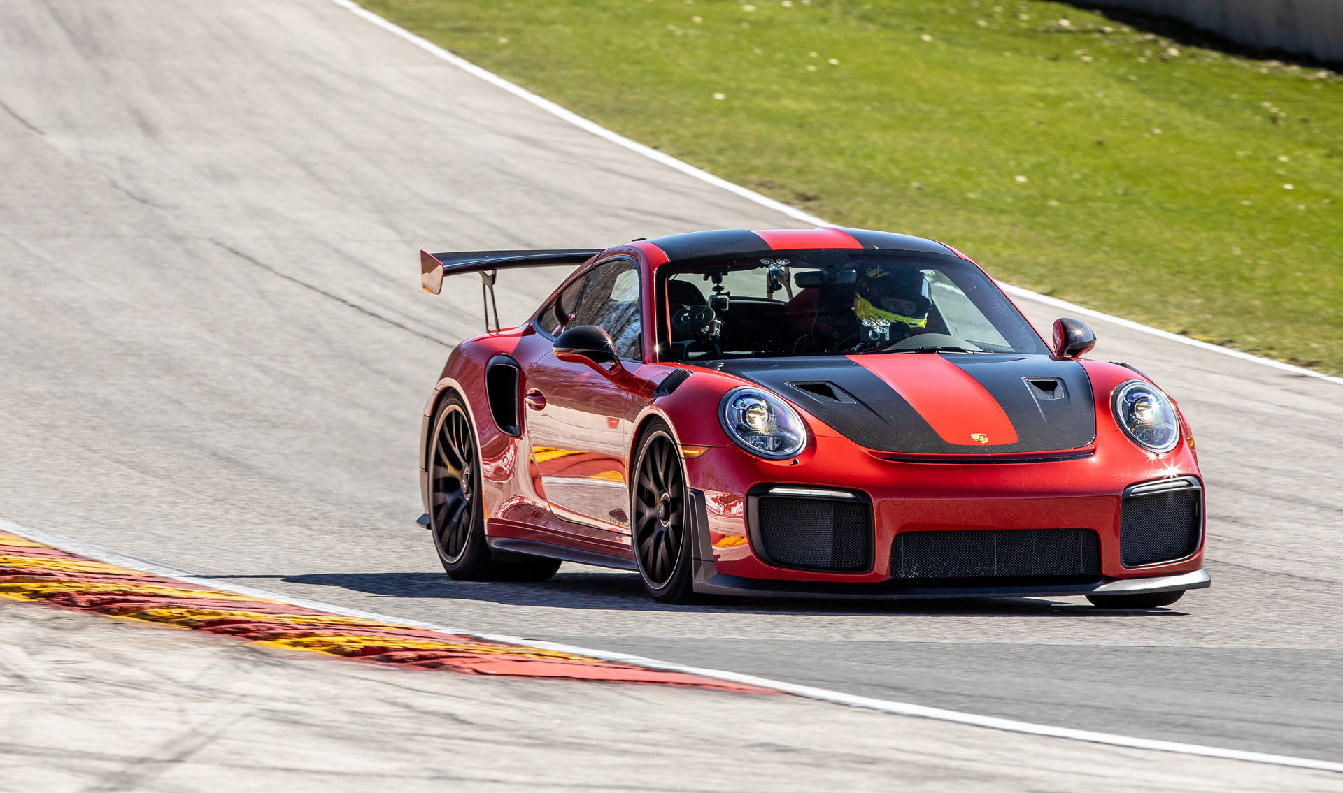 2018 Porsche 911 Gt2 Rs Is Now The Fastest Production Car At Road