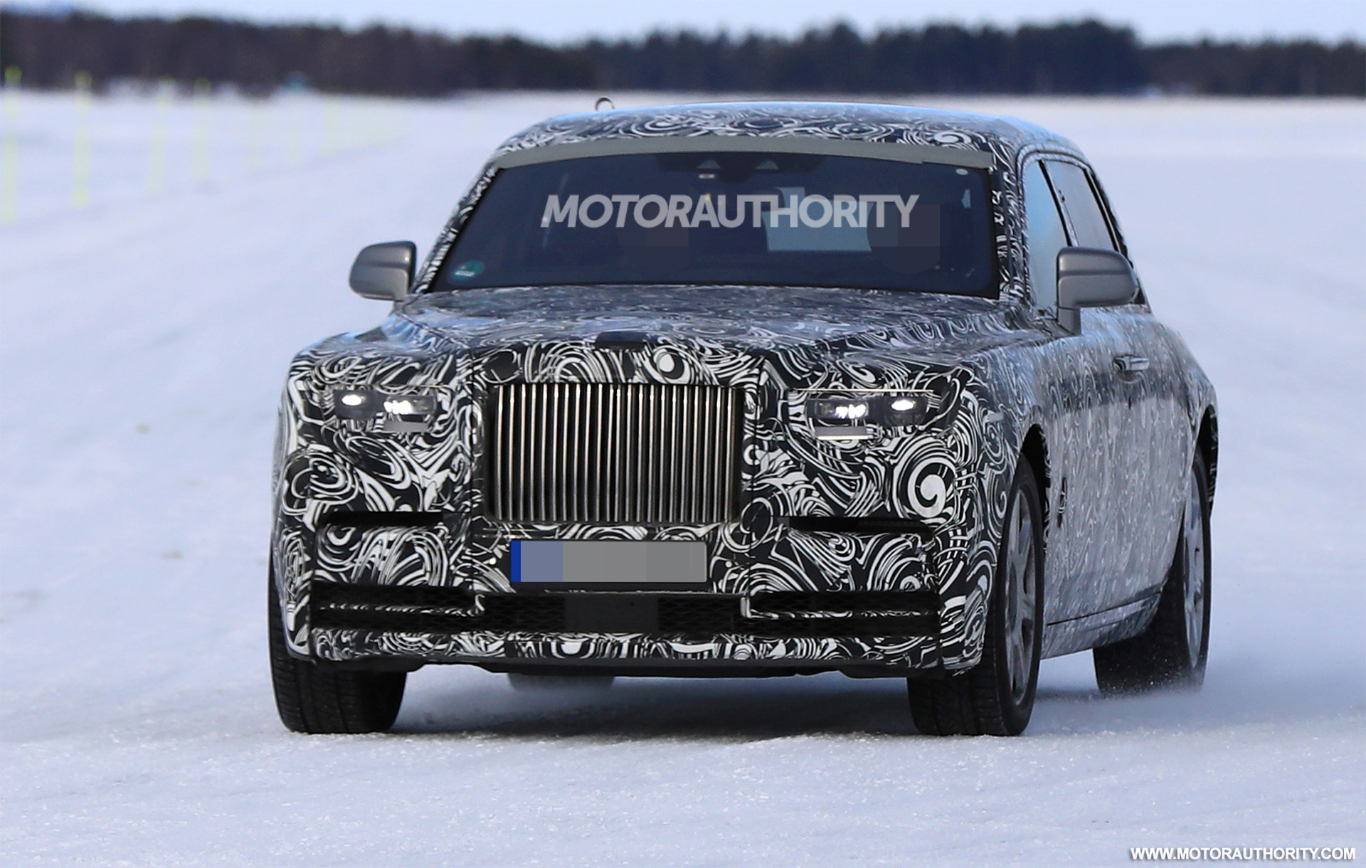 rolls royce to unveil new phantom in july. Black Bedroom Furniture Sets. Home Design Ideas
