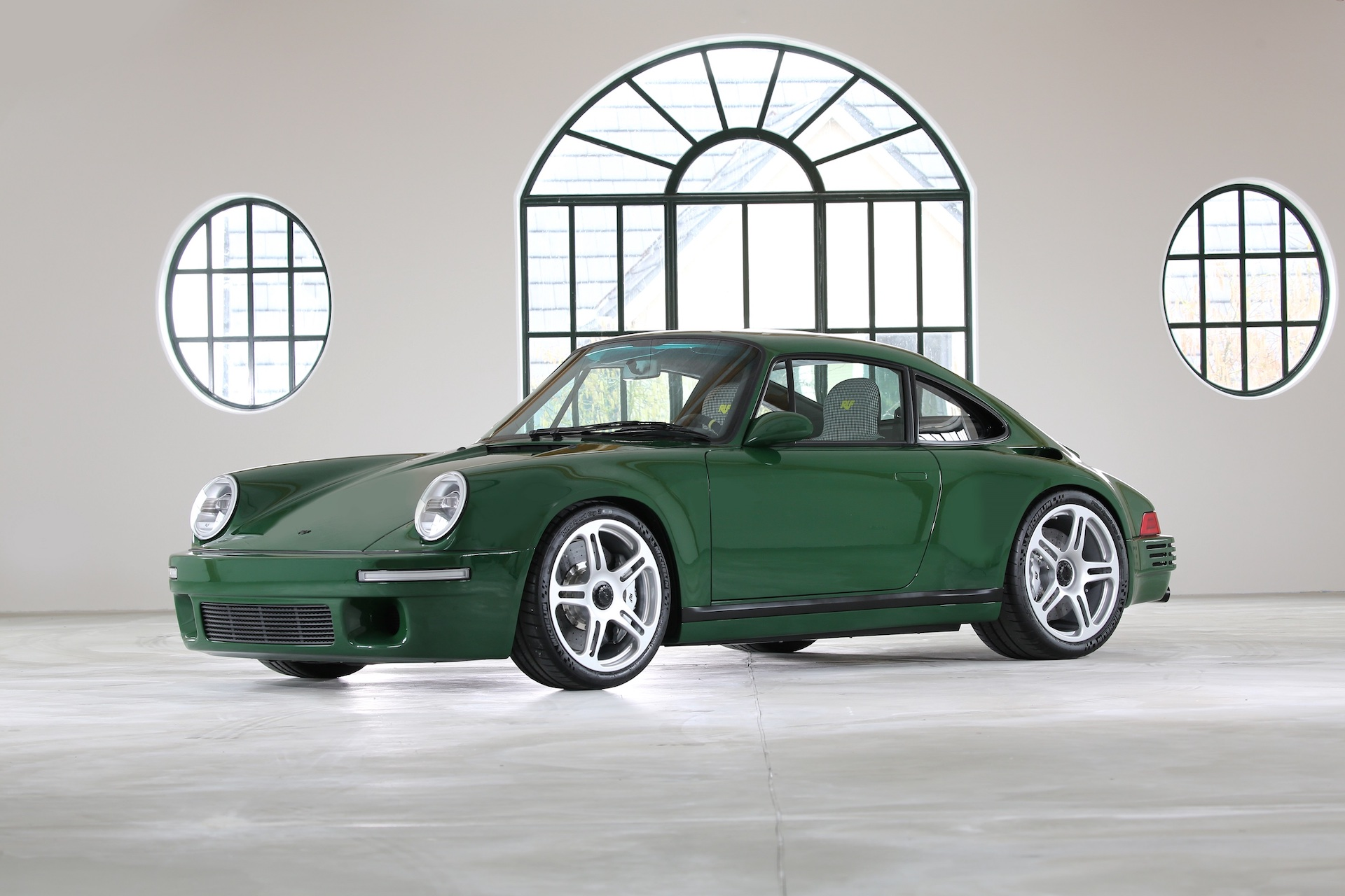 Ruf SCR bows in Geneva as homage to the original
