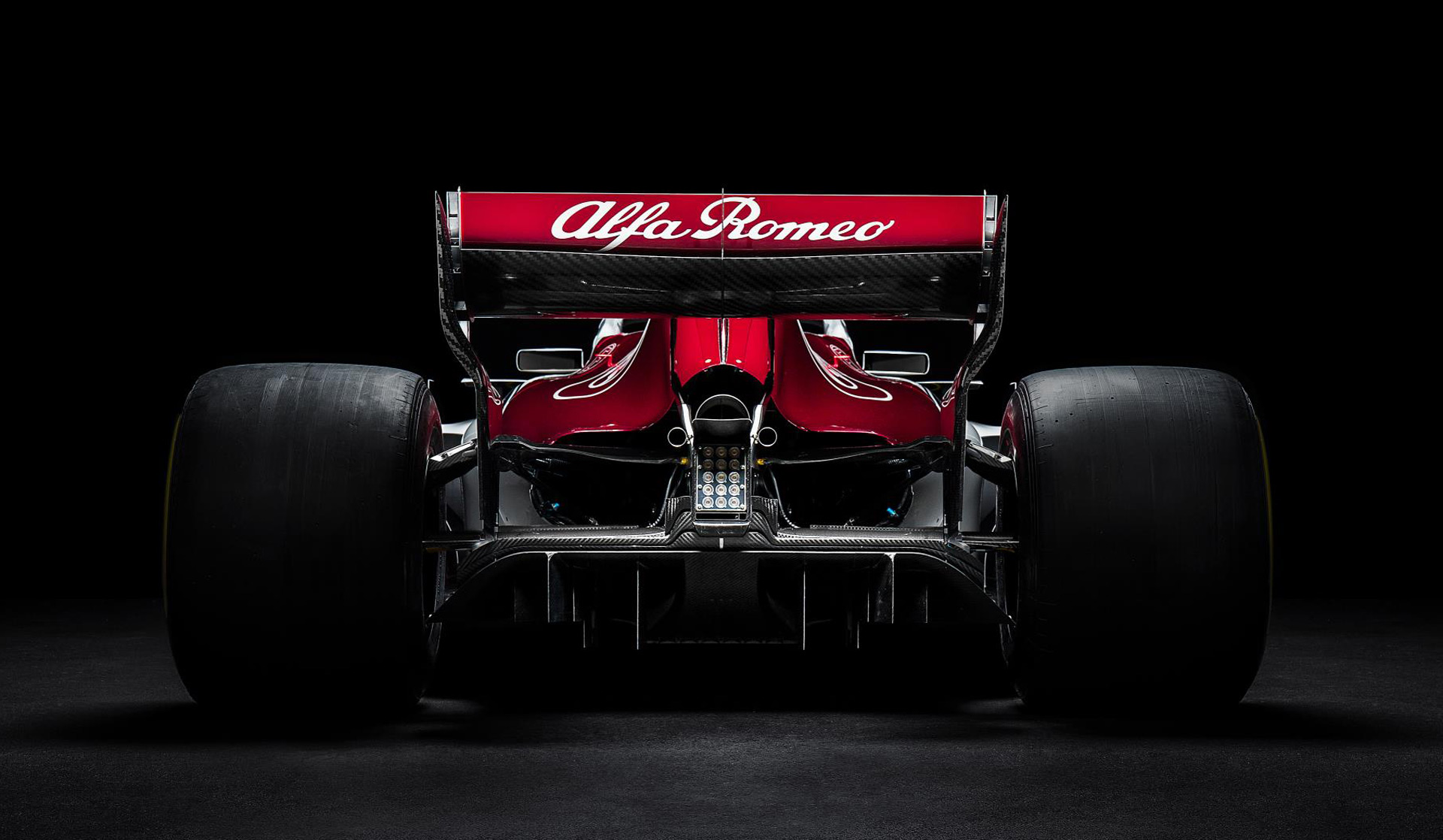 this is the alfa romeo branded 2018 sauber f1 car. Black Bedroom Furniture Sets. Home Design Ideas