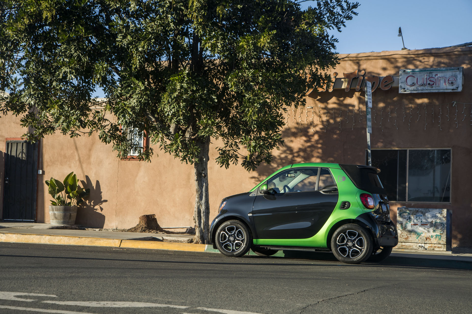 2018 Smart Fortwo Electric Drive Cabriolet First Review The Perfect City Car
