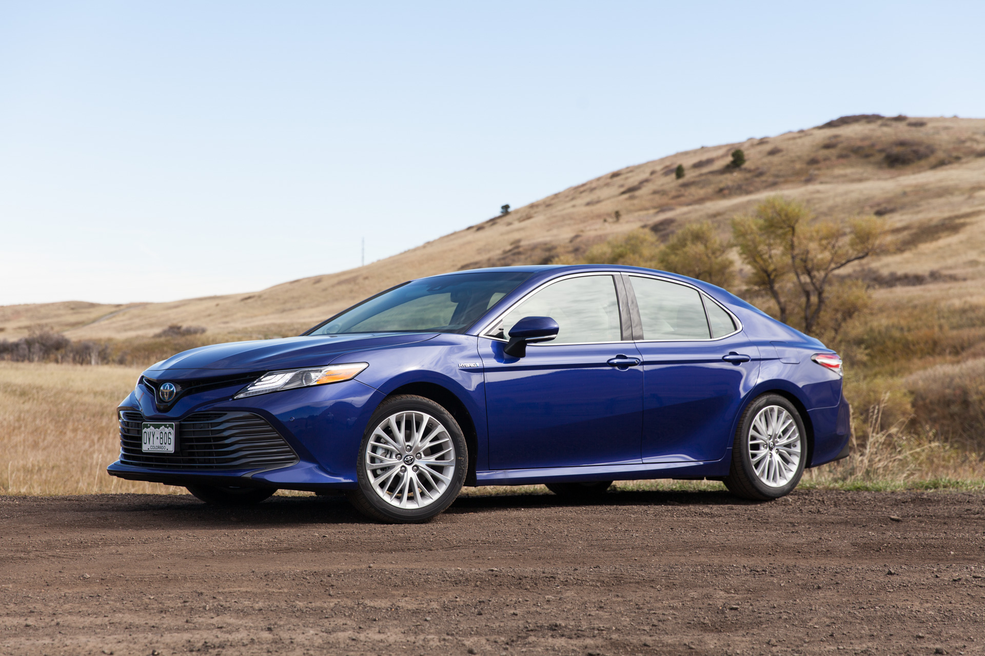 2018 Toyota Camry Hybrid Gas-mileage Review: Going The