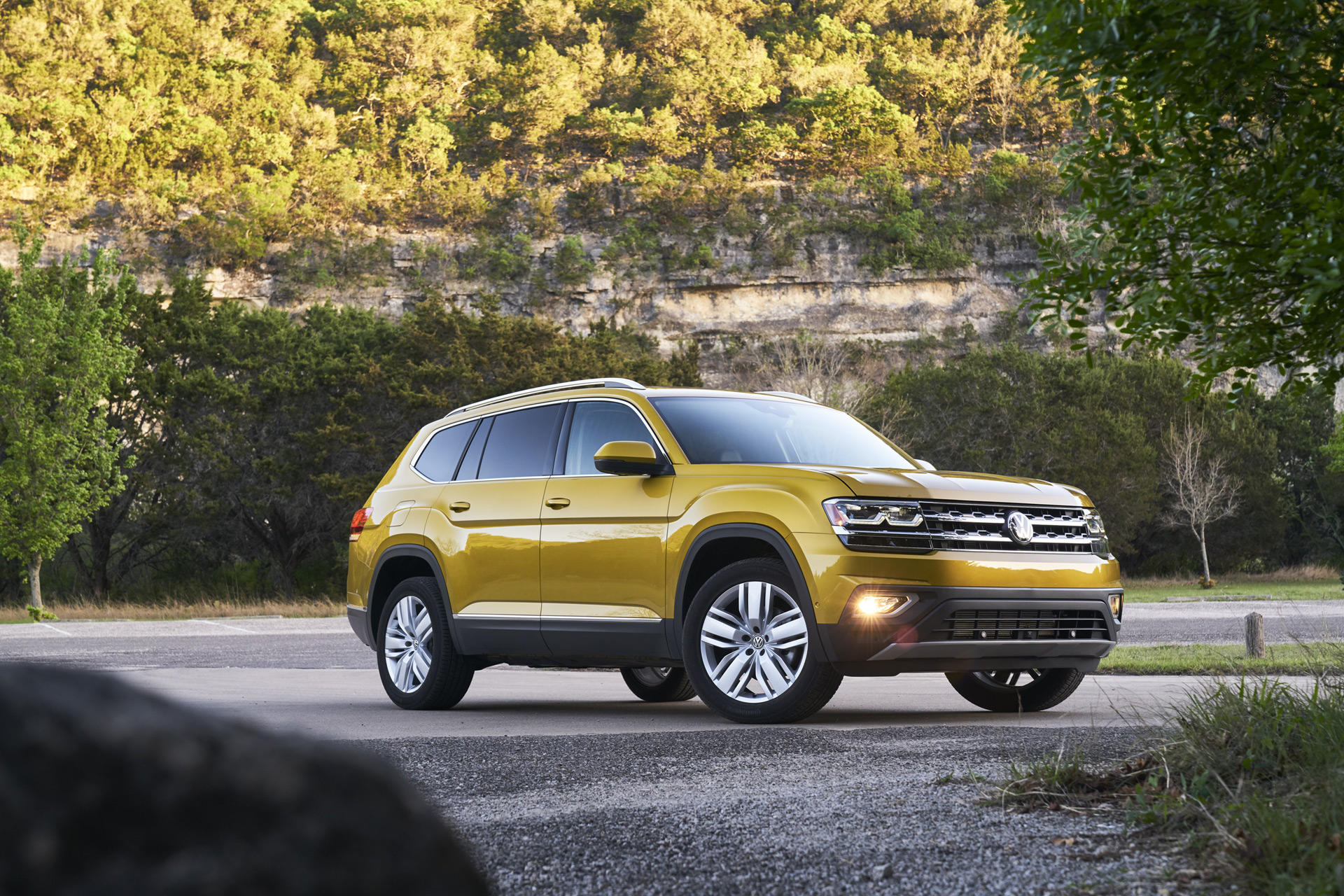 volkswagen atlas vw review ratings specs prices    car connection