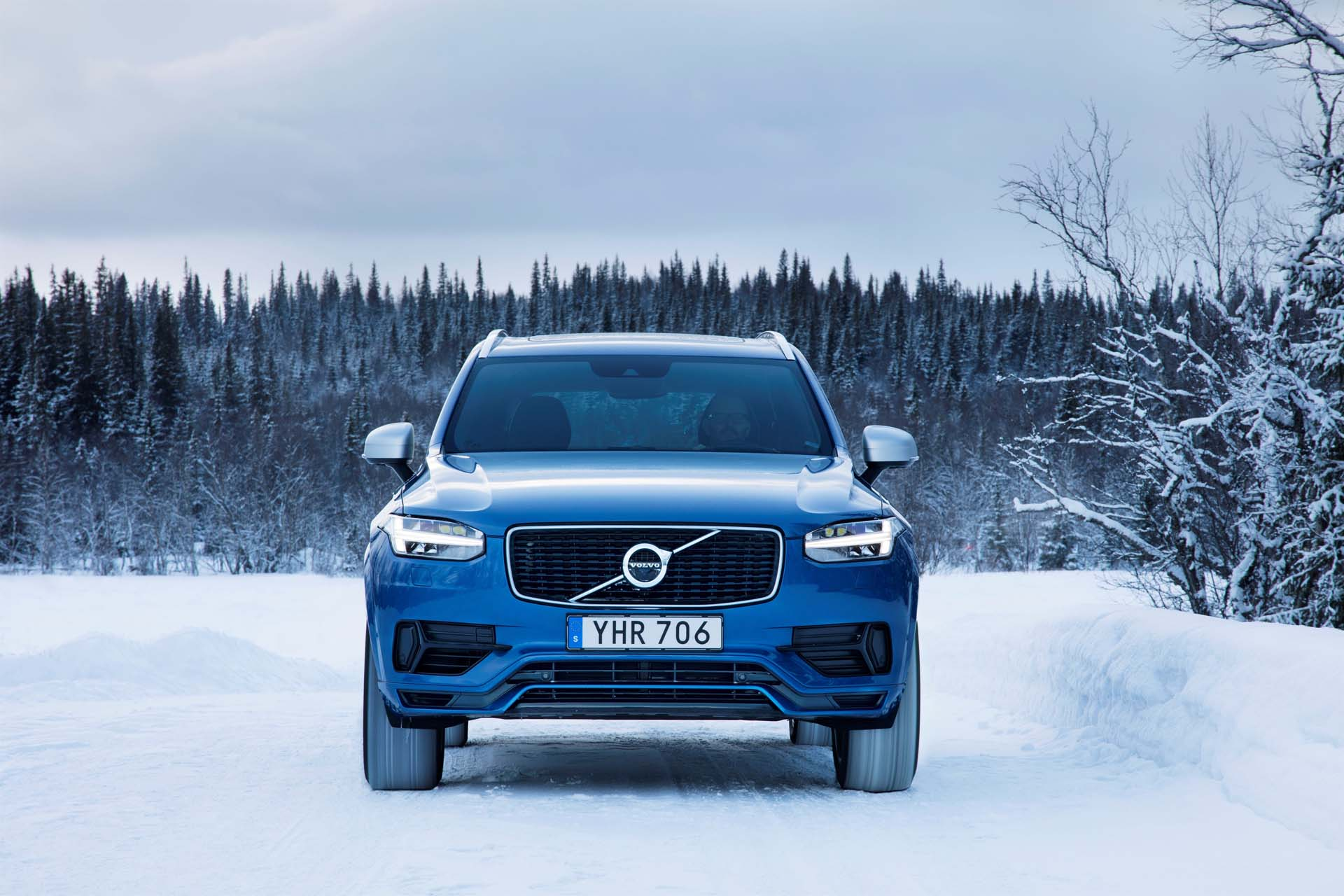 Self-driving Volvo XC90 coming in 2021