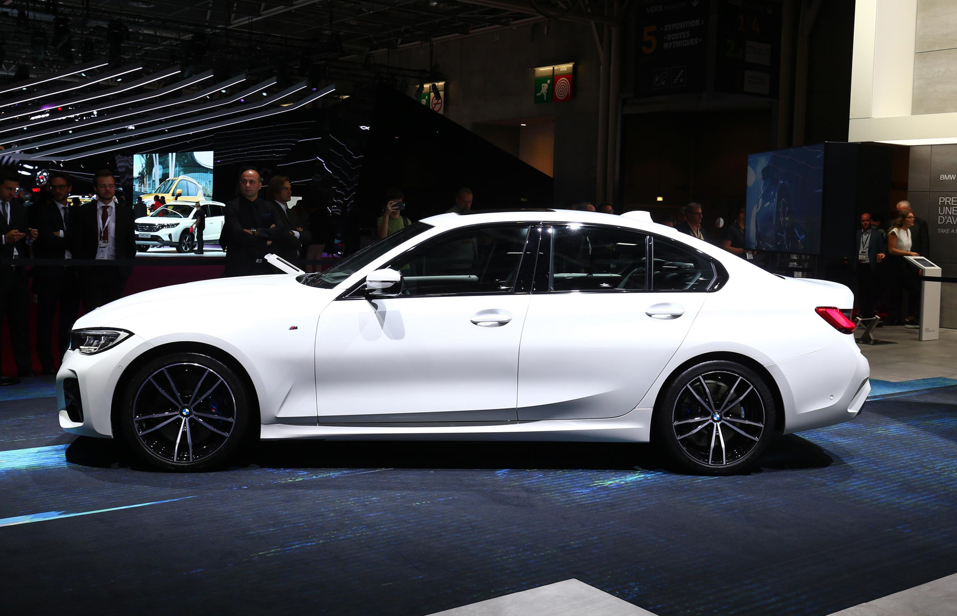 Flipboard Paris Auto Show Bmw Unveils New 3 Series