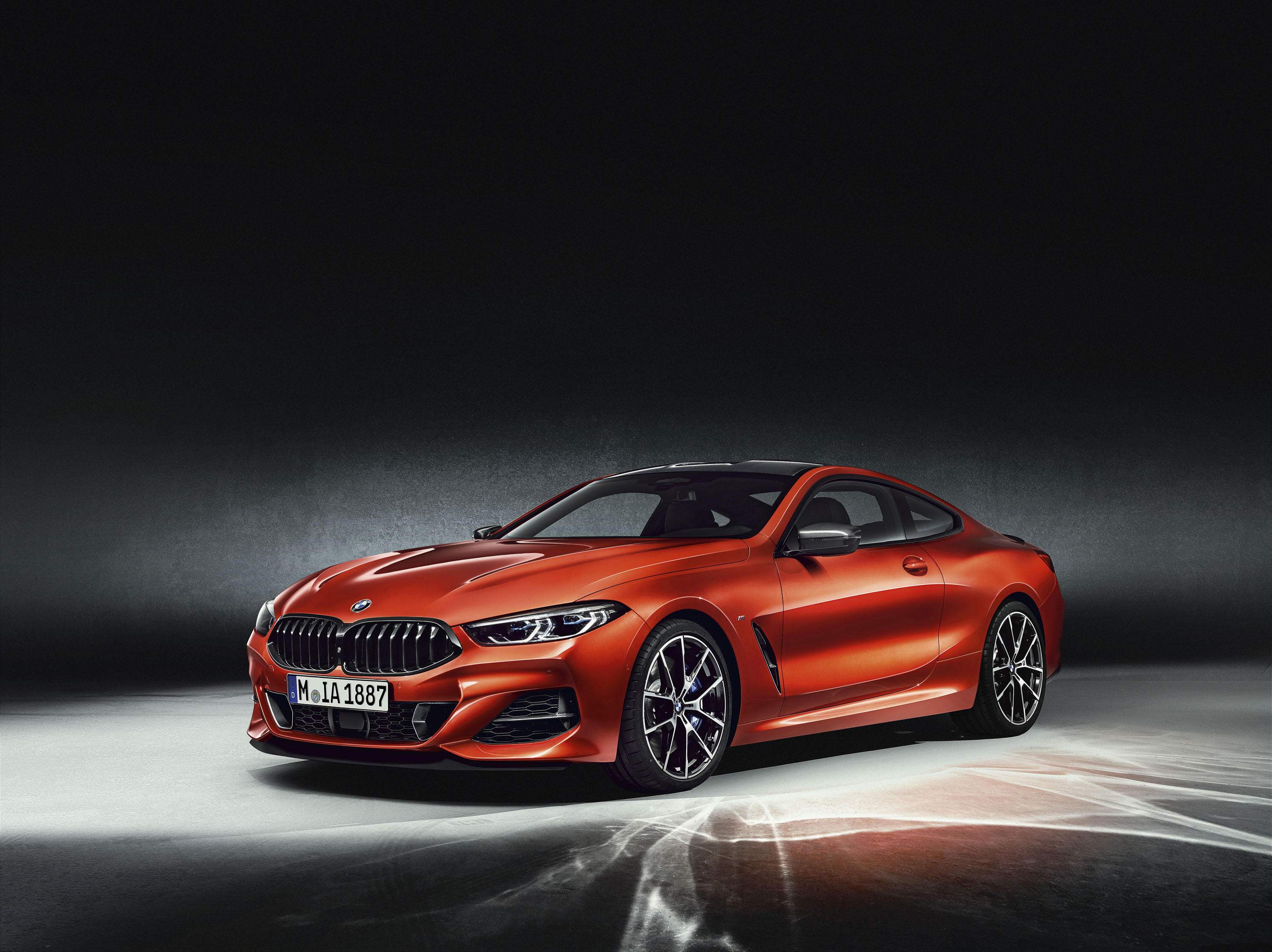2019 Bmw M850i Xdrive Brings Back The 90s