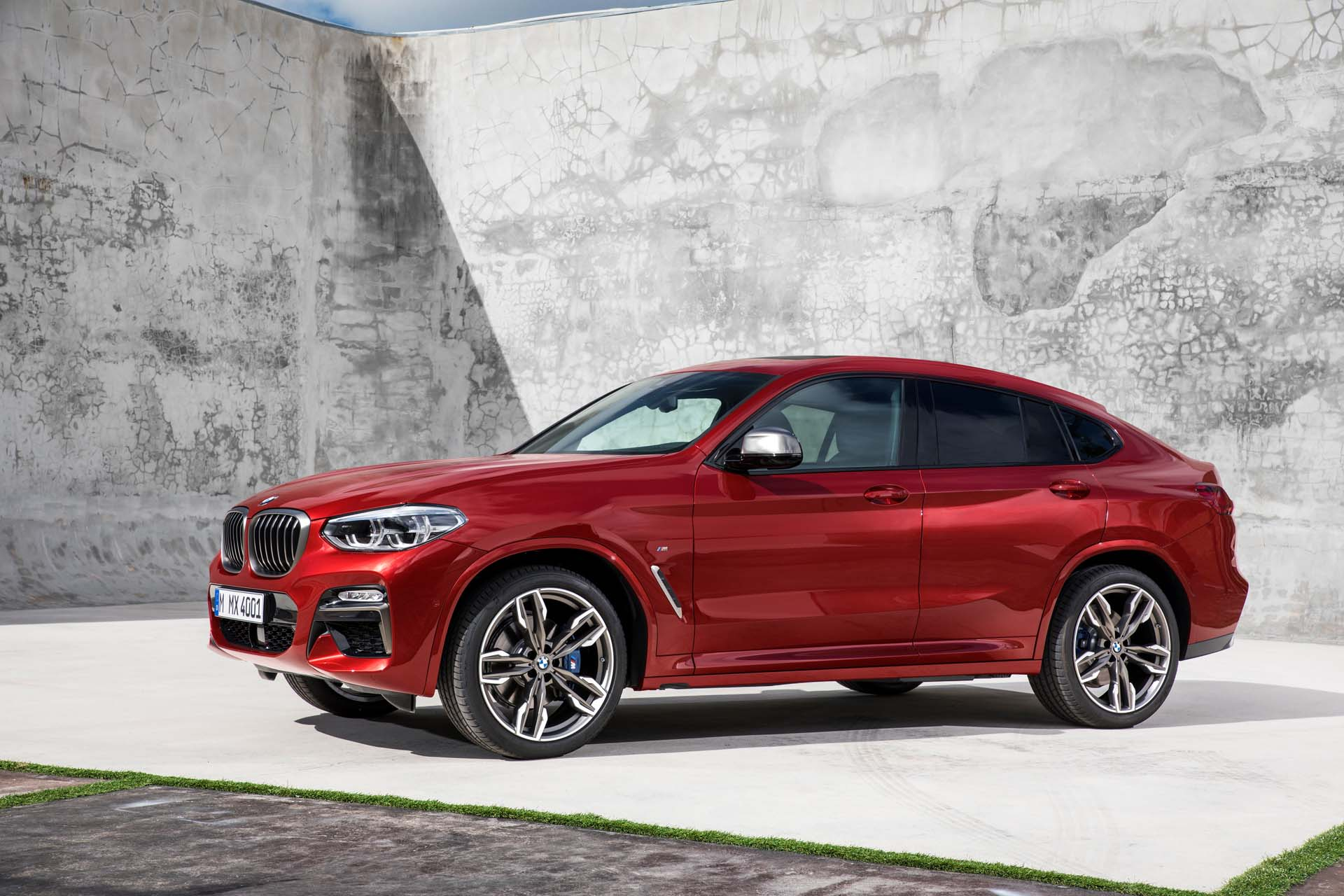 2019 bmw x4 review ratings specs prices and photos the car connection. Black Bedroom Furniture Sets. Home Design Ideas