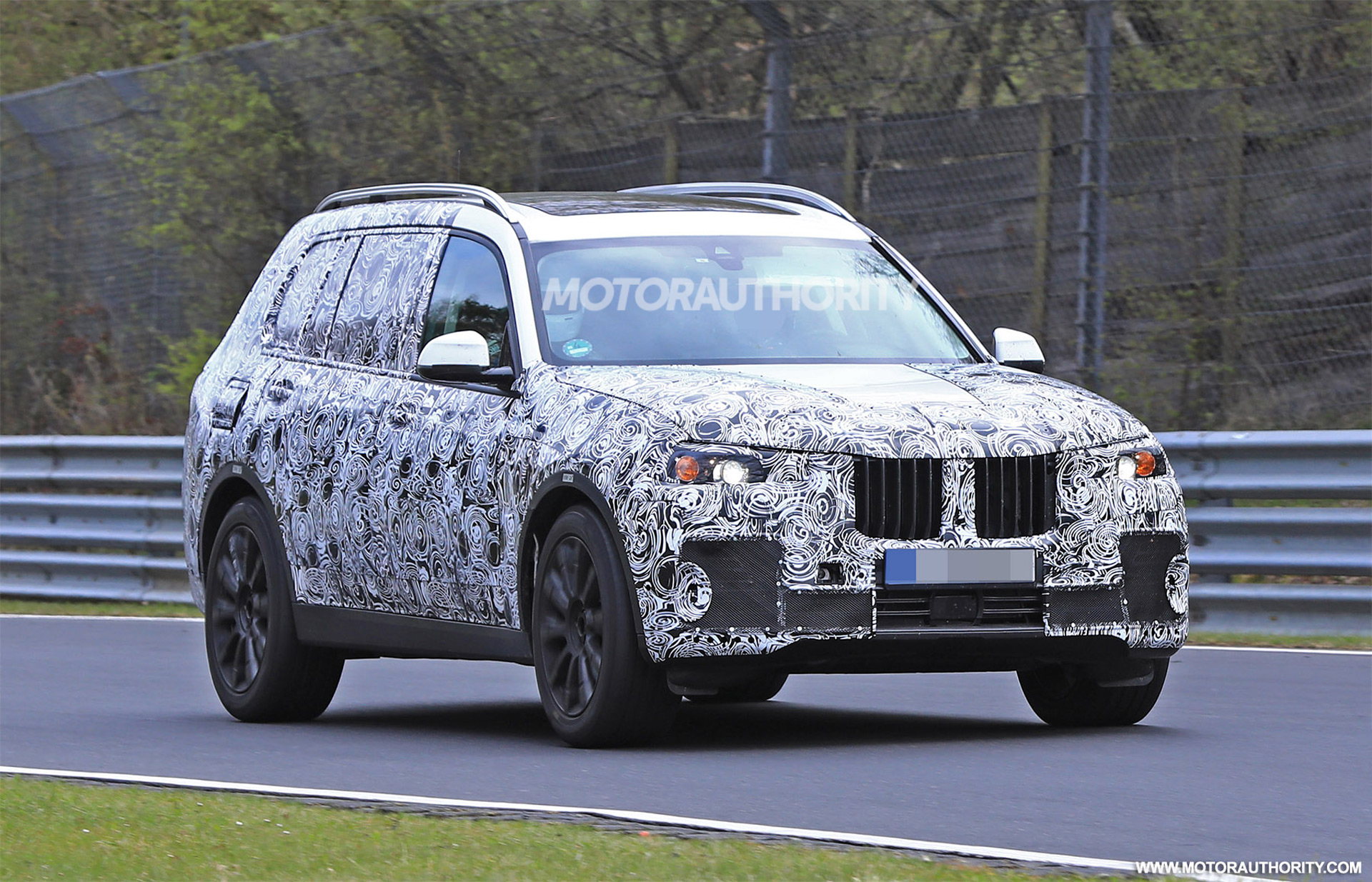 2019 bmw x7 spy shots and video. Black Bedroom Furniture Sets. Home Design Ideas