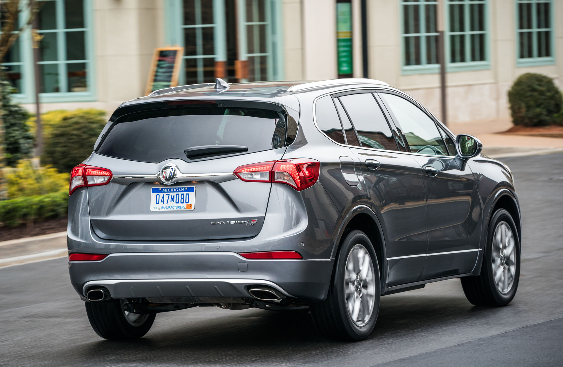 Ralph Gilles 2019 Buick Envision 2019 Toyota Corolla