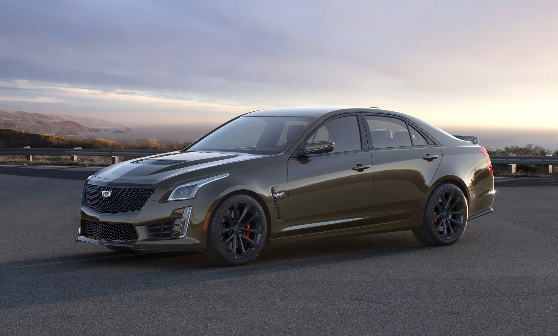 Cadillac Marks 15 Years Of V-Series With Pedestal Edition