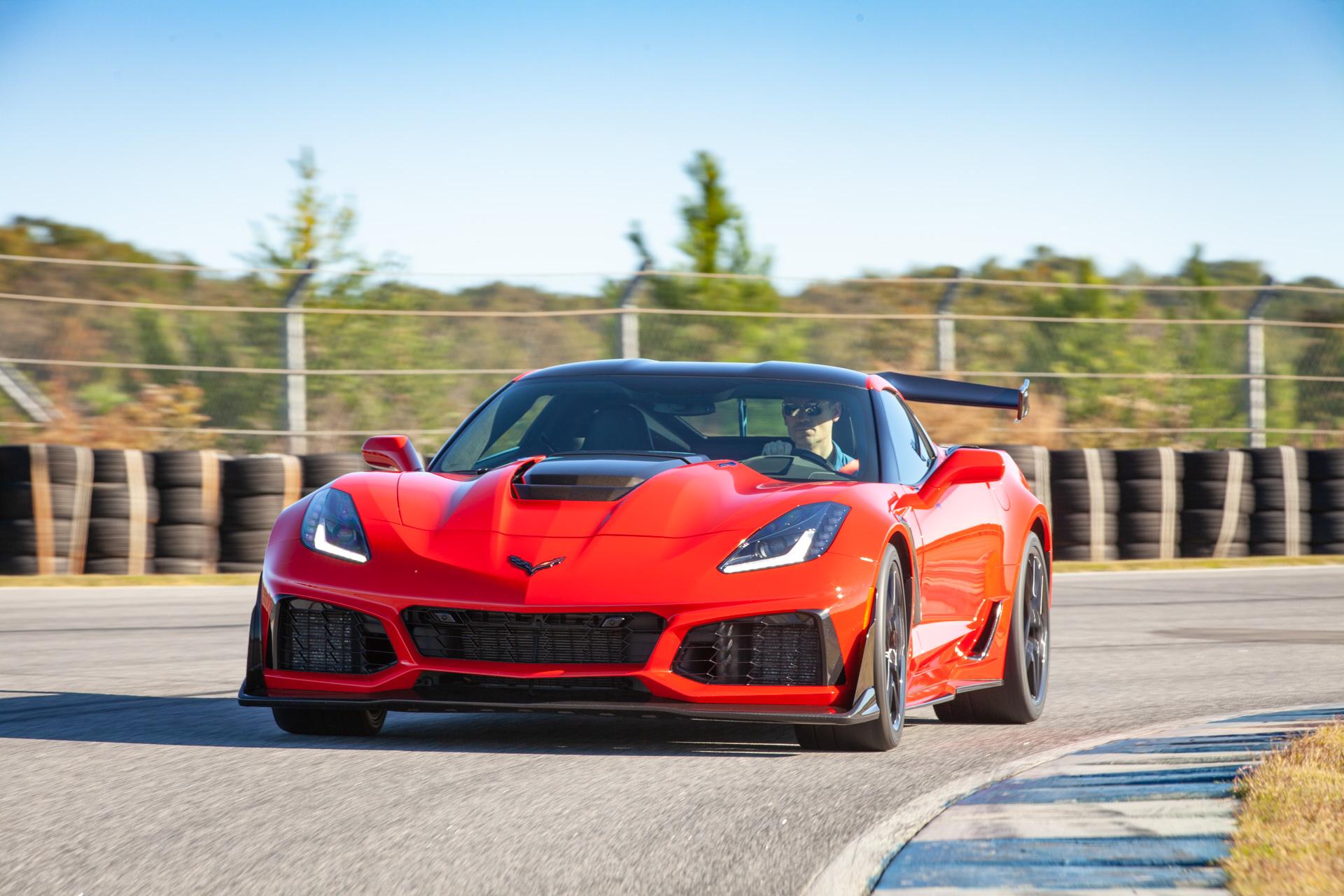 Chevrolet Corvette ZR1: Motor Authority's Best Car To Buy 2019