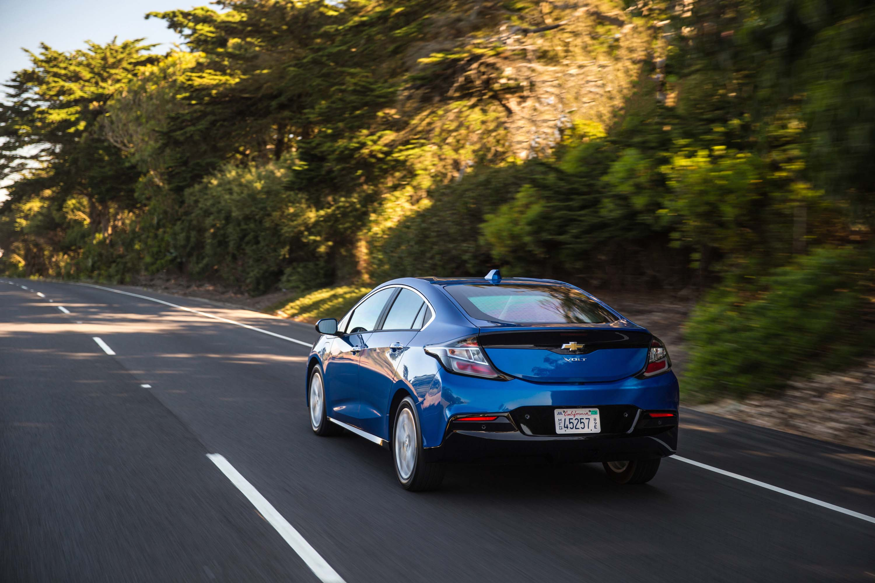 Why Gm Has Put Hybrids And The Chevy Volt In Its Past